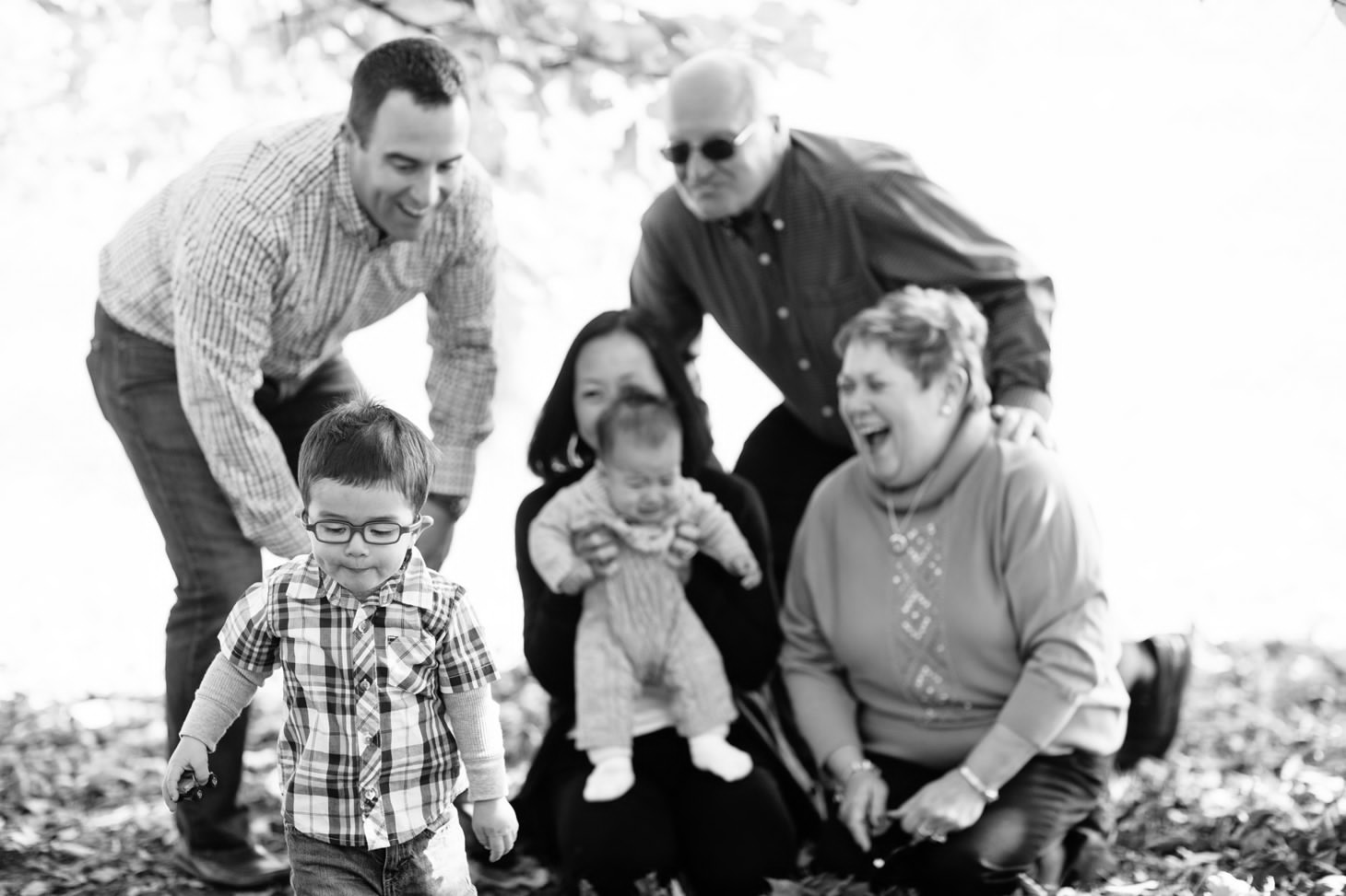 010-nyc-wedding-portrait-photographer-family-holiday-mini-session-children-fall-leaves-grandparents-smitten-chickens.jpg