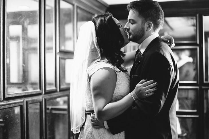 nyc-nerdy-offbeat-wedding-photography-004a.jpg