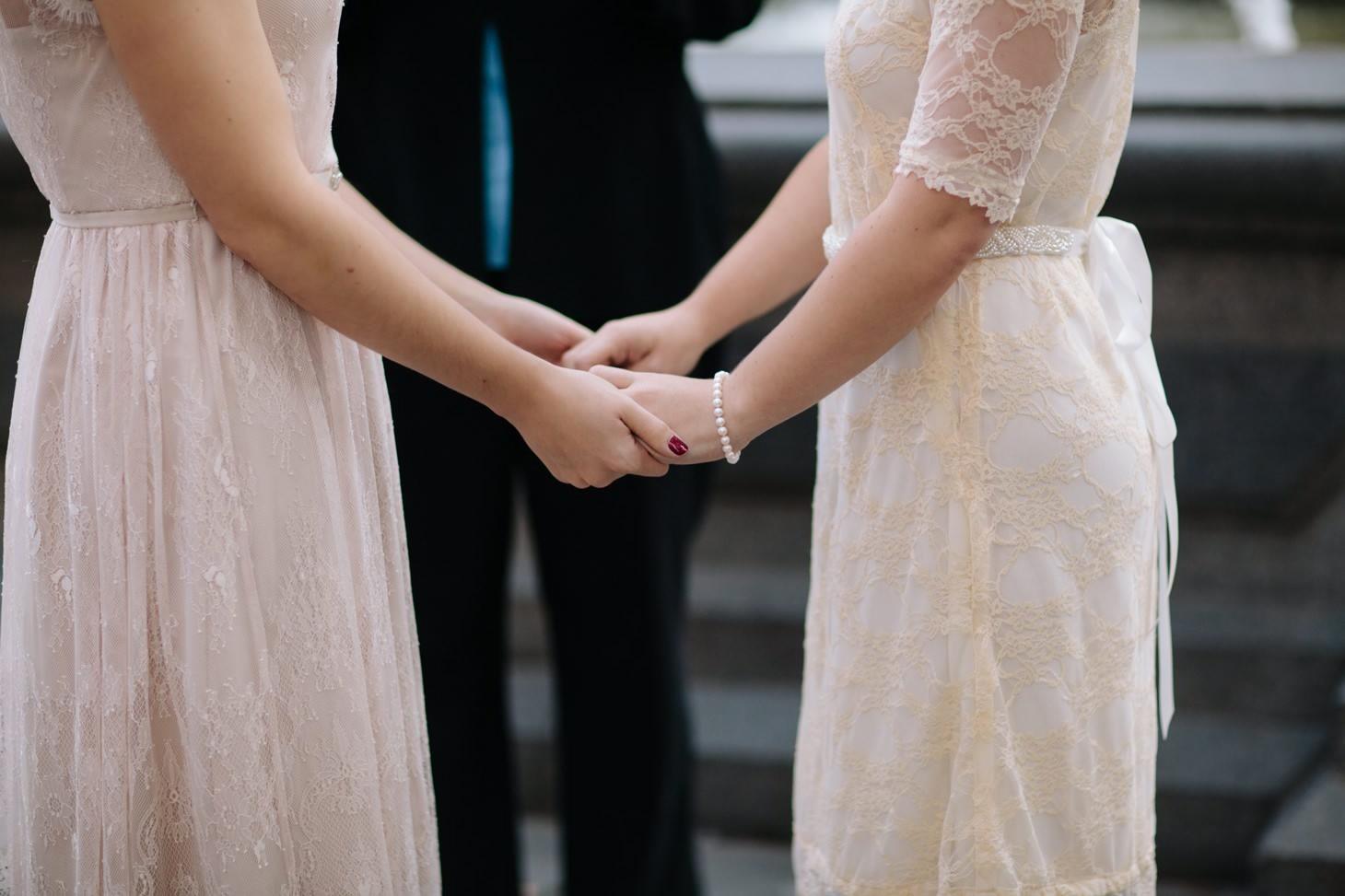 001-nyc-wedding-elopement-lgbt-friendly-photographer-city-hall-grand-central.jpg