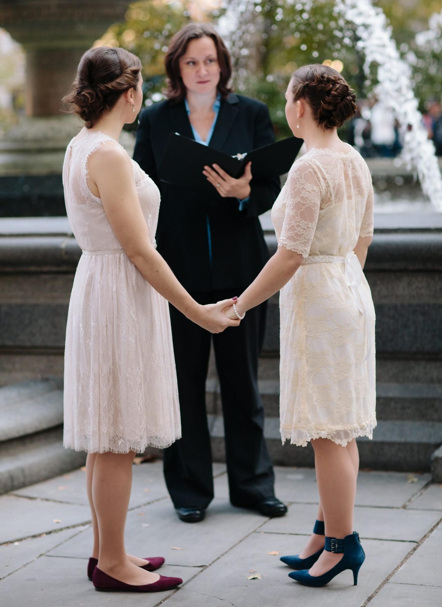 004-nyc-wedding-elopement-lgbt-friendly-photographer-city-hall-grand-central.jpg