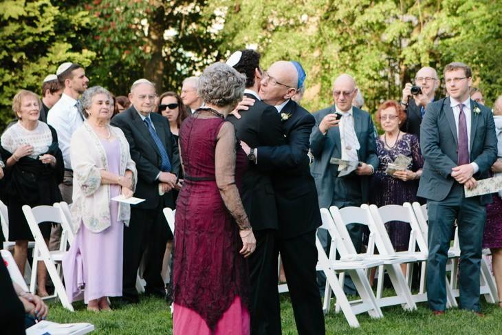 nyc-wedding-photographer-botanic-garden-offbeat-021.jpg