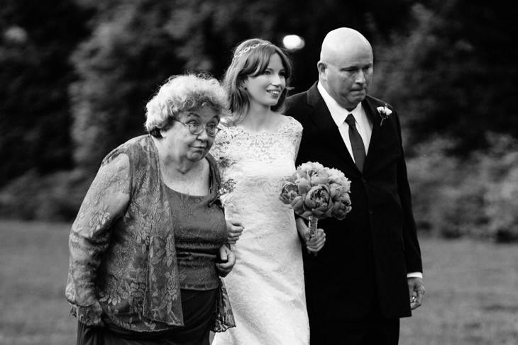 nyc-wedding-photographer-botanic-garden-offbeat-024.jpg