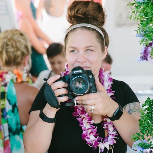 Sarah-Hoppes-tattooed-wedding-photographer