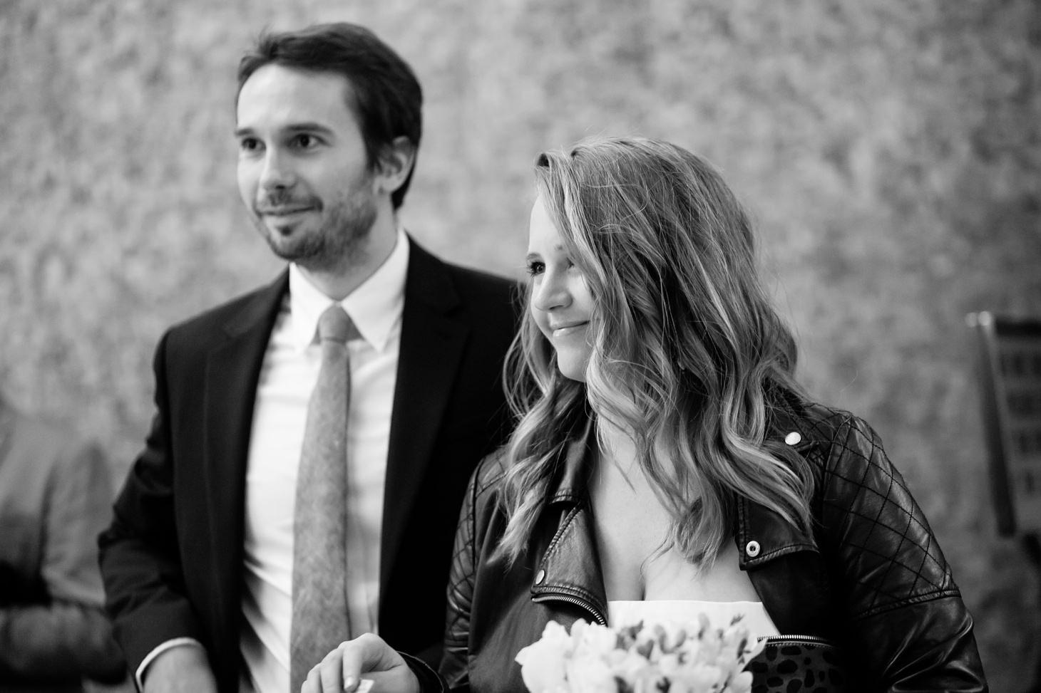 009-NYC-Intimate-Wedding-photography-SmittenChickens-city-hall-lauren-aaron.jpg