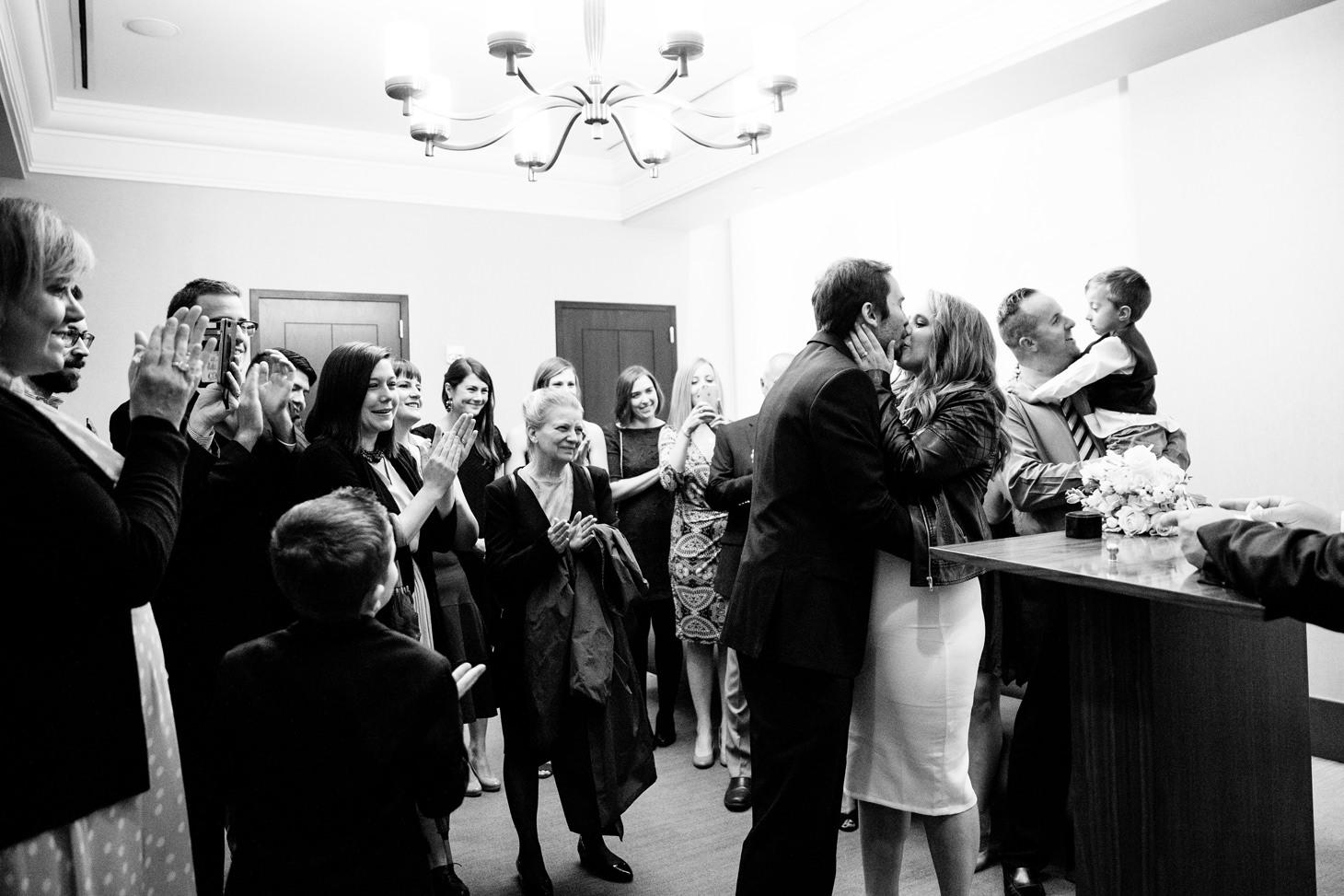 016-NYC-Intimate-Wedding-photography-SmittenChickens-city-hall-lauren-aaron.jpg