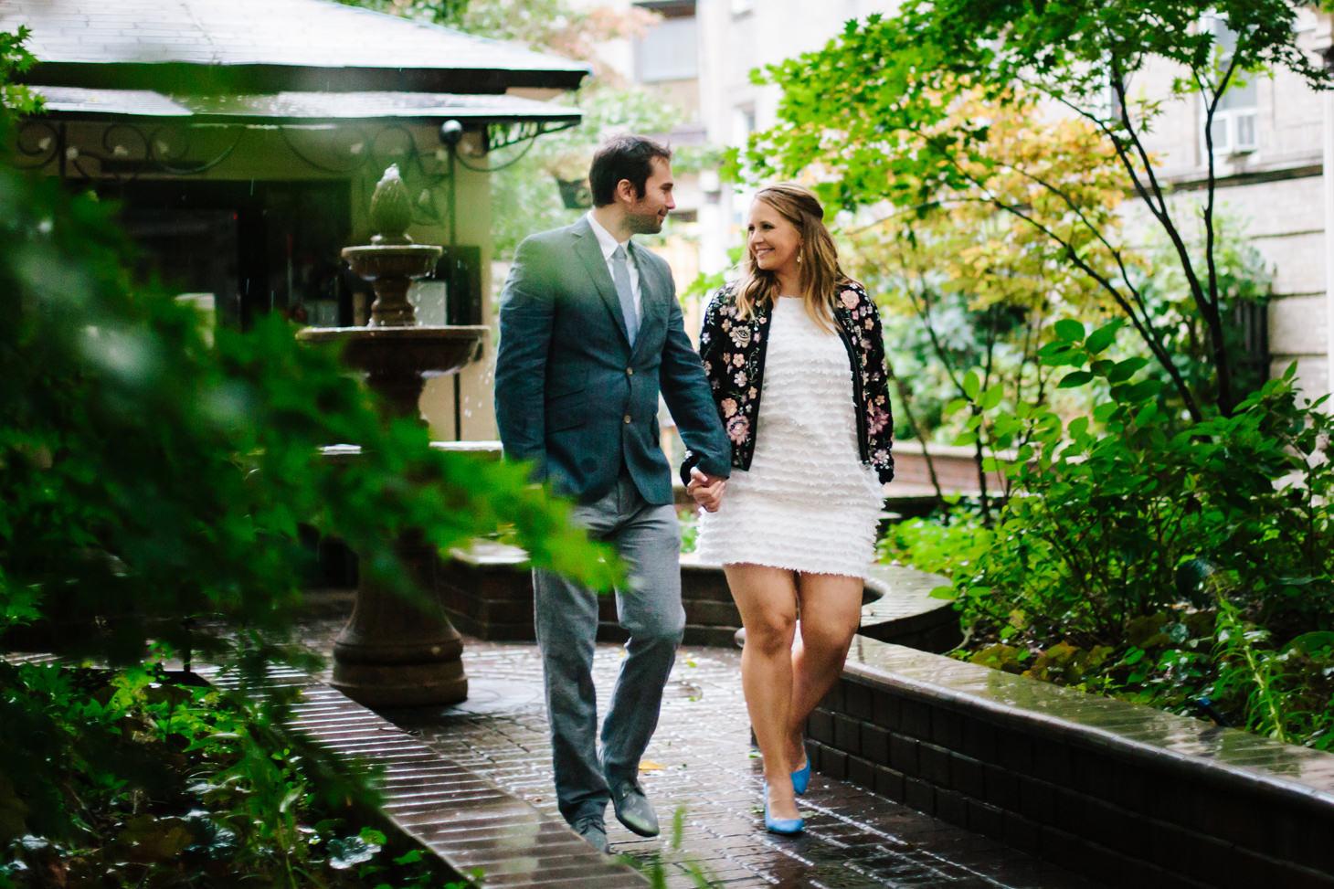 024-NYC-Intimate-Wedding-photography-SmittenChickens-city-hall-lauren-aaron.jpg