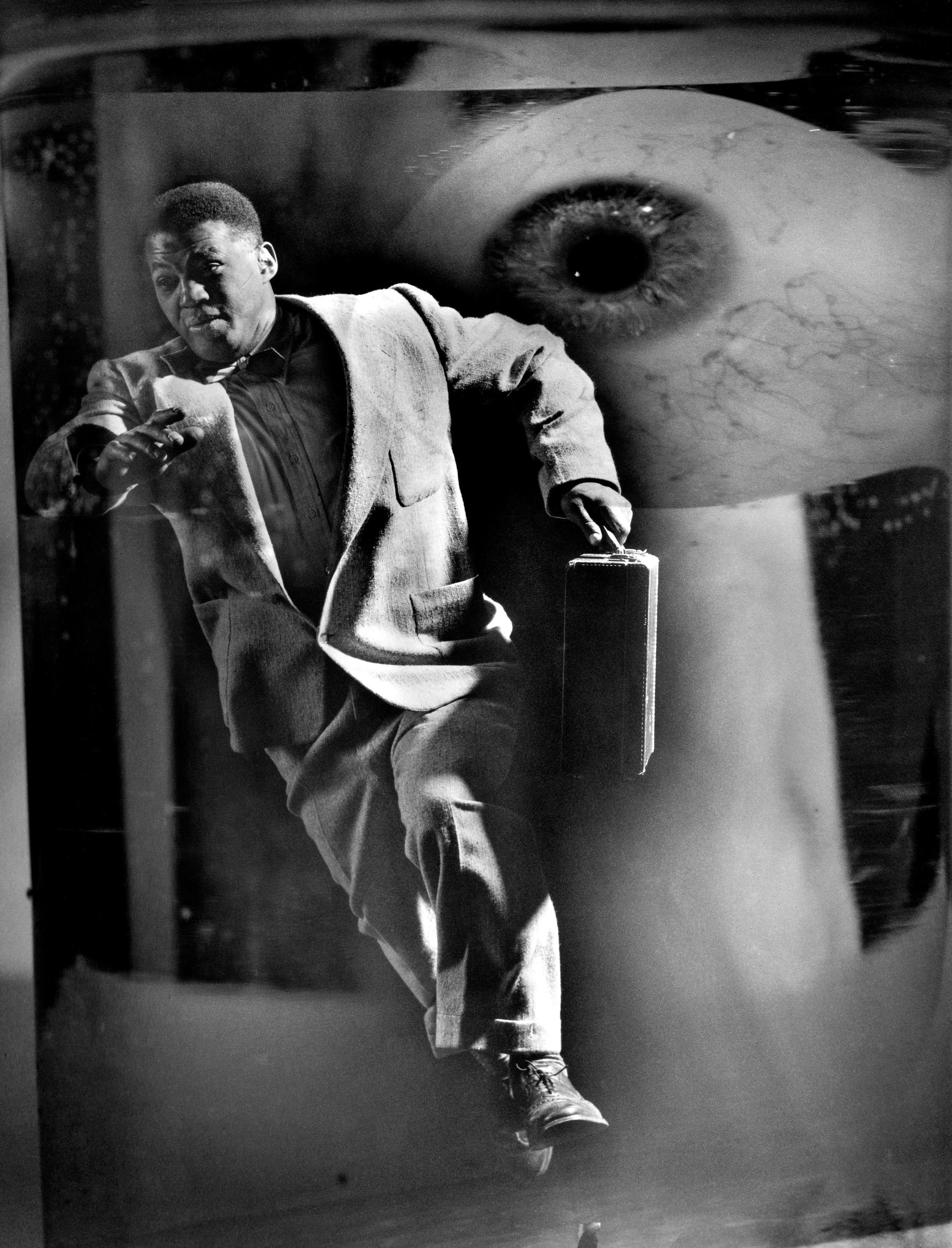 Image Above: ©The Gordon Parks Foundation. Gordon Parks, Untitled, Harlem, New York, 1952 / Courtesy of The Gordon Parks Foundation/The Art Institute of Chicago/Steidl