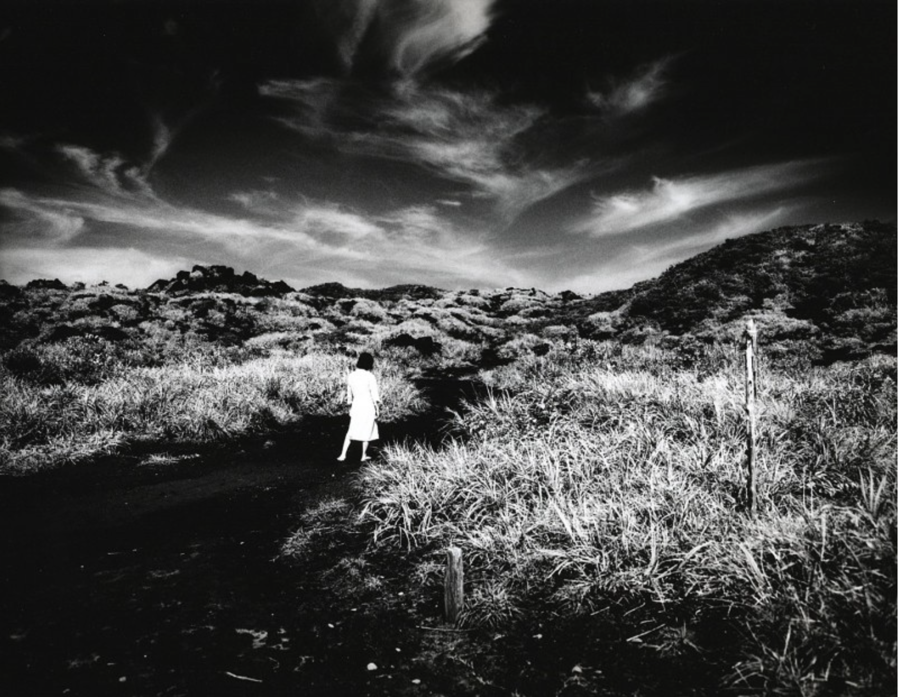 © Yojiro Imasaka, n.17 from the series of Traveling Planet, 2007 Exhibition: Nocturnal Labyrinth, gelatin silver print