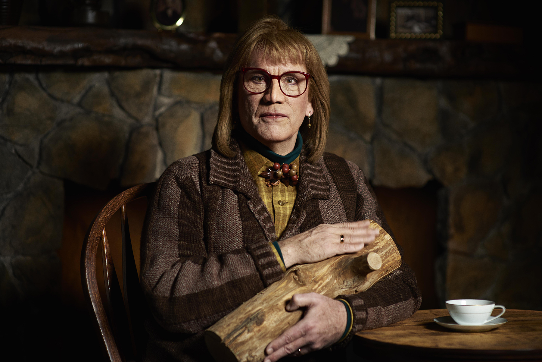 "© Sandro, ""Log Lady"""