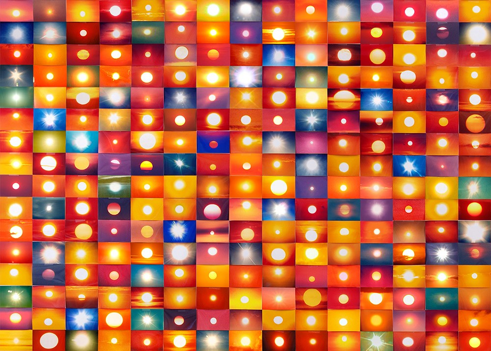 Penelope Umbrico,  541,795 Suns (fromSunsets) from Flickr (Partial) 1/23/06, 2006
