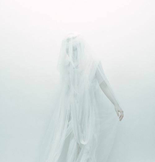 © Zhang Jingna. Ghost , 2013