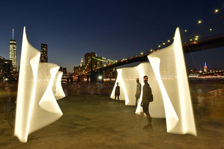 'Brooklyn Bridge Park'  2015  © Vicki DaSilva