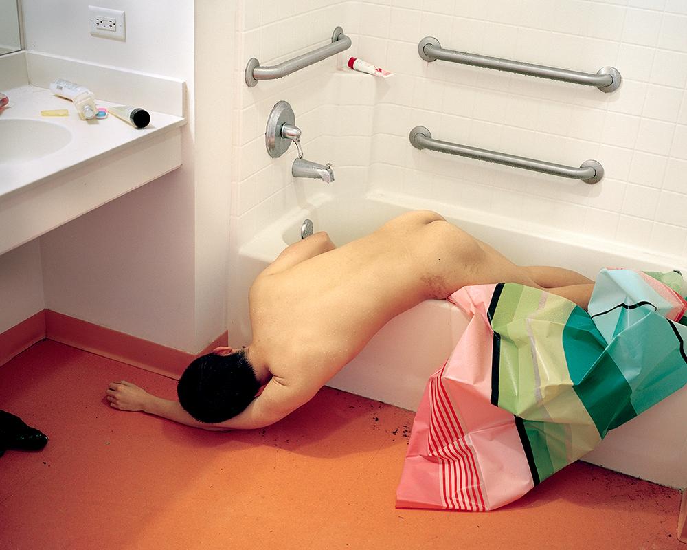 Death in the Bathtub , 2014 © Guanyu Xu