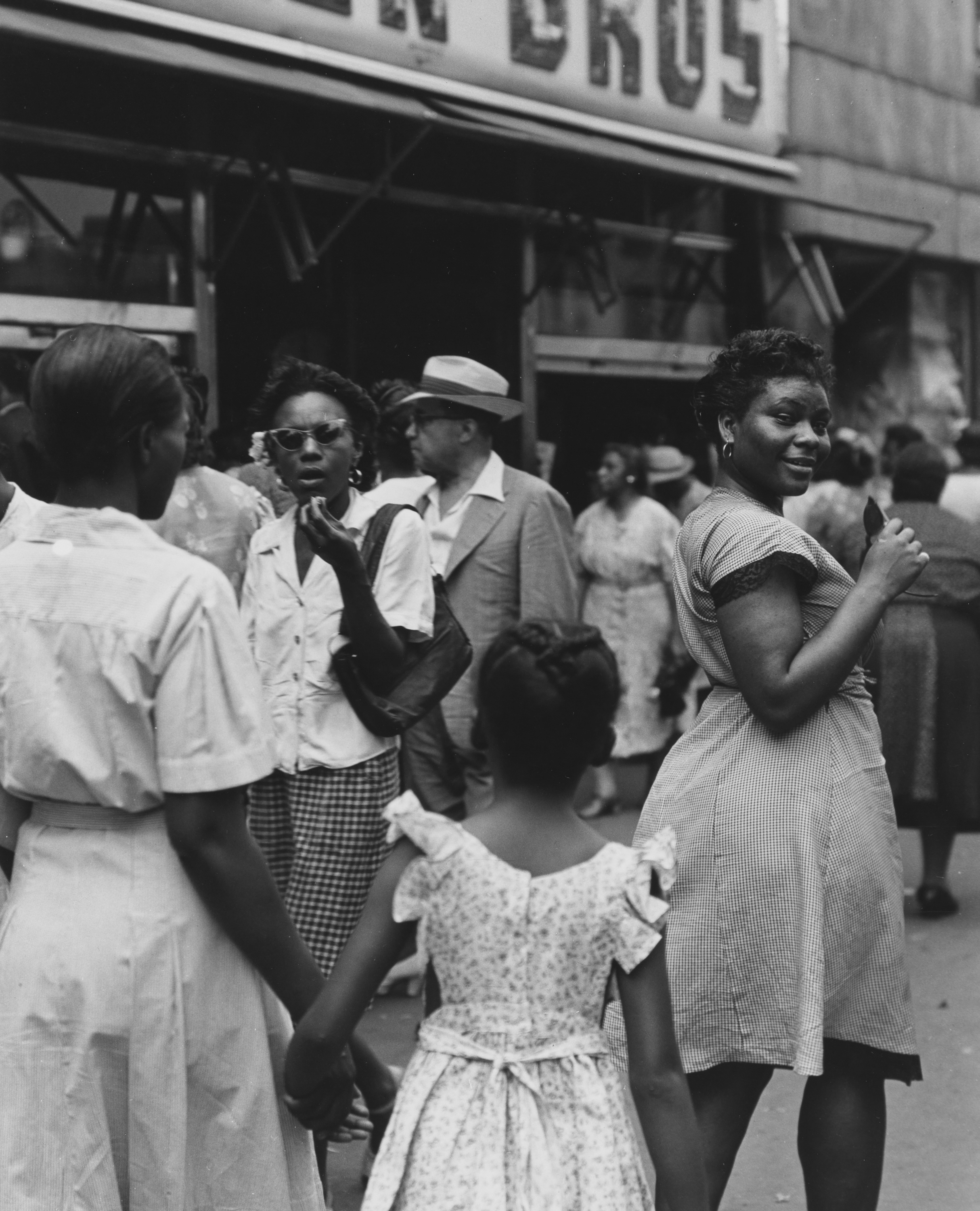 125th Street, Harlem, 1946  © Todd Webb Archives
