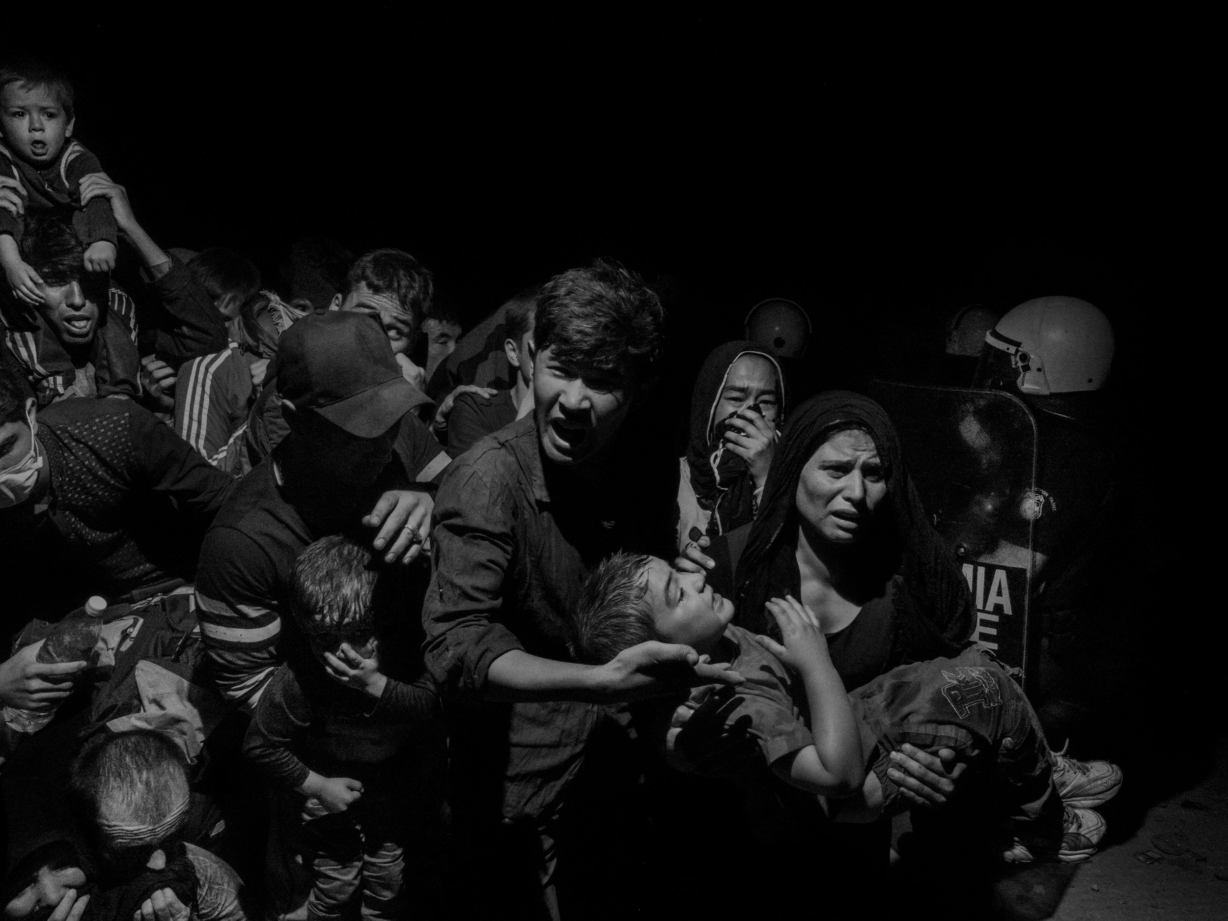 Alex Majoli, Scene #60410, Lesbos, Greece 2/5, 2015