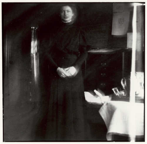 Edvard Munch Nurse in Black, Jacobson's Clinic, 1908-09 Original: Preserved negative Courtesy of Munch Museum