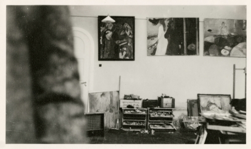 Edvard Munch Paintings in the Winter Studio in Ekely, 1931-32 Original: Gelatin silver contact print Courtesy of Munch Museum