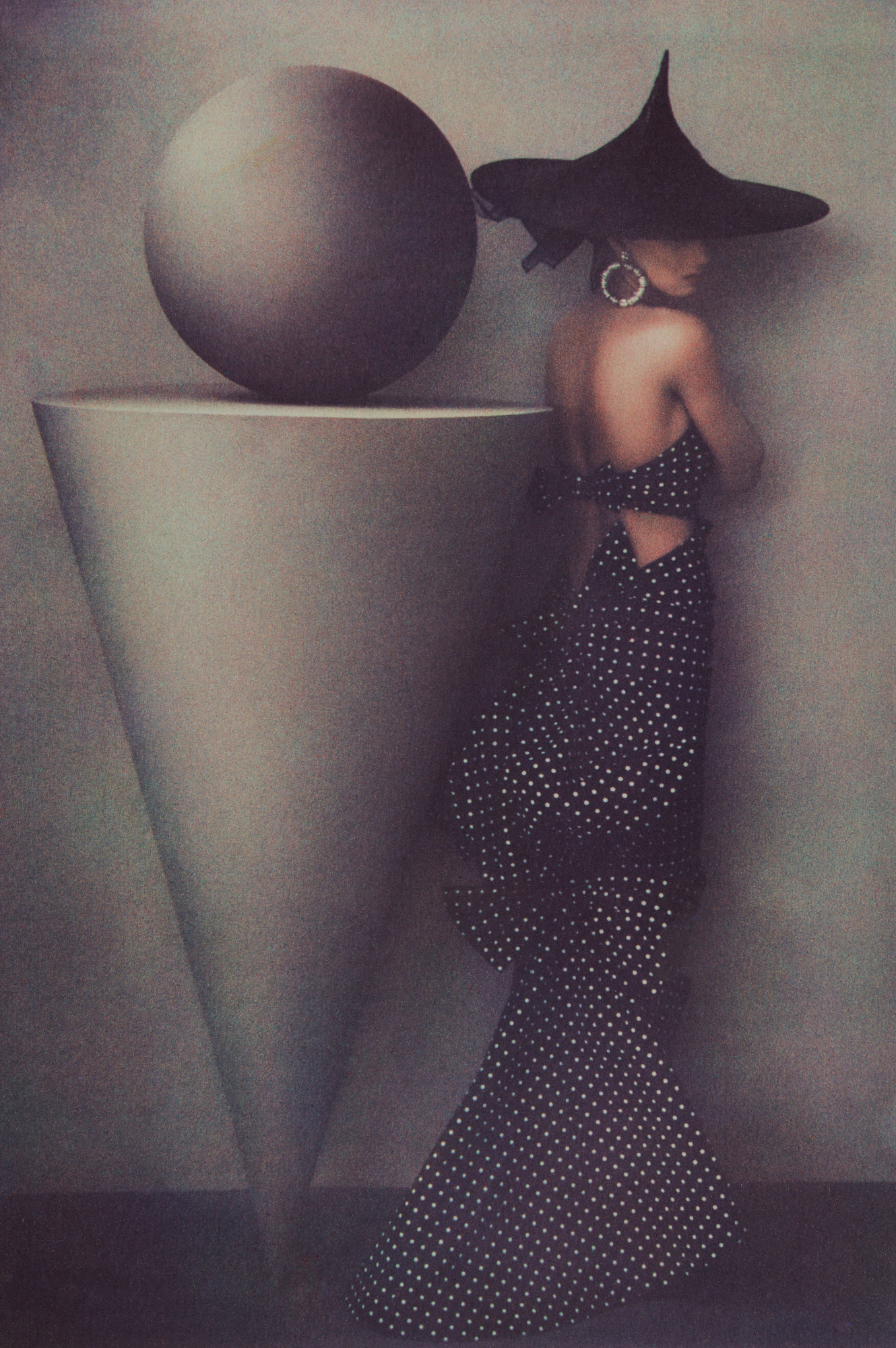 SHEILA METZNER (American, born 1939),  Uma in Dress by Patou , 1986. Pigment print, 62.7 × 41.8 cm (24 11⁄16 × 16 7⁄16 in.) Los Angeles, J. Paul Getty Museum. Purchased with funds provided by the Photographs Council, 2016.90. © Sheila Metzner