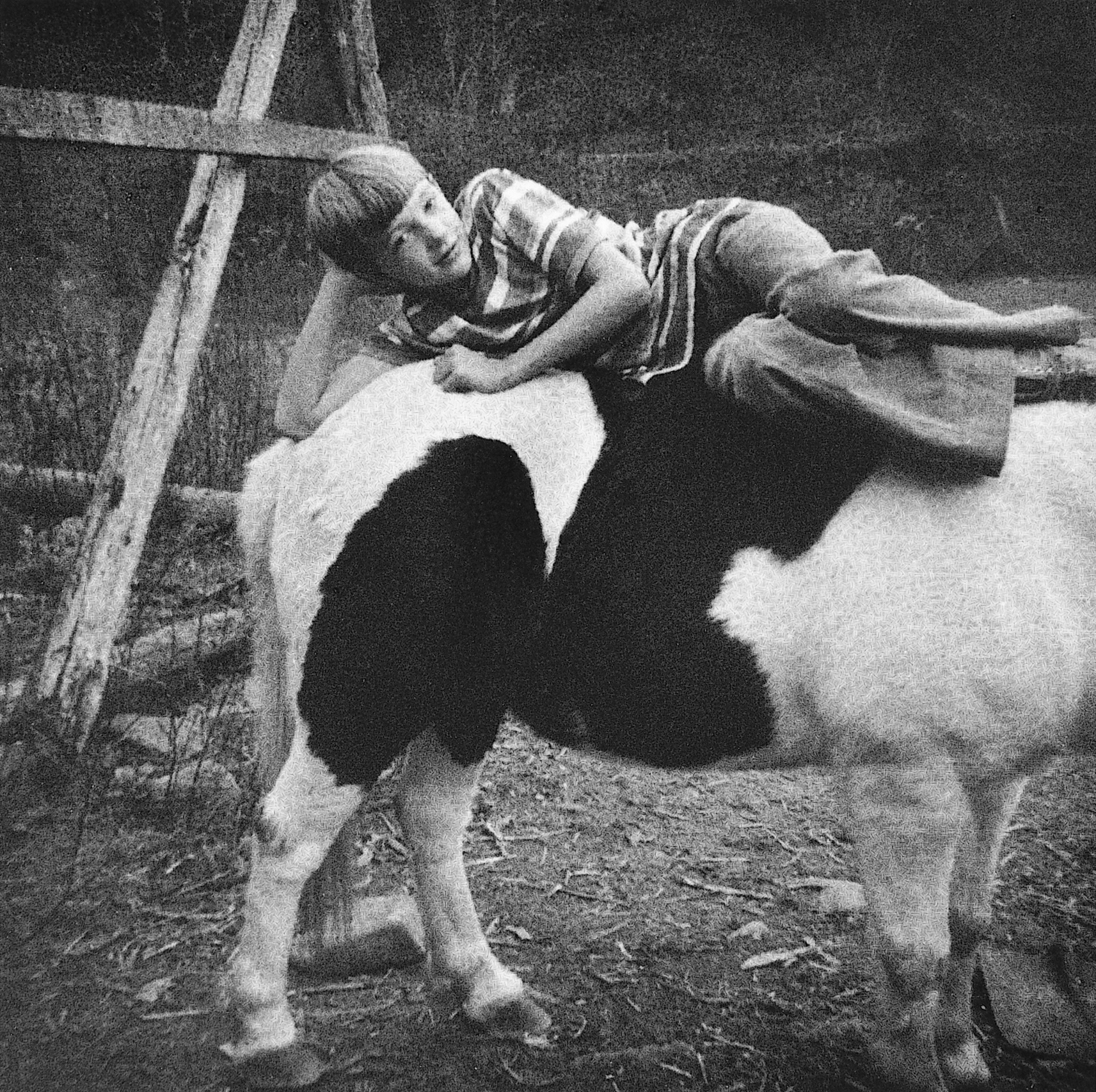 """©Wendy Ewald Courtesy Steven Kasher Gallery, New York,""""I am lying on the back of my old horse"""" - Russell Akeman, Kentucky, 1980"""