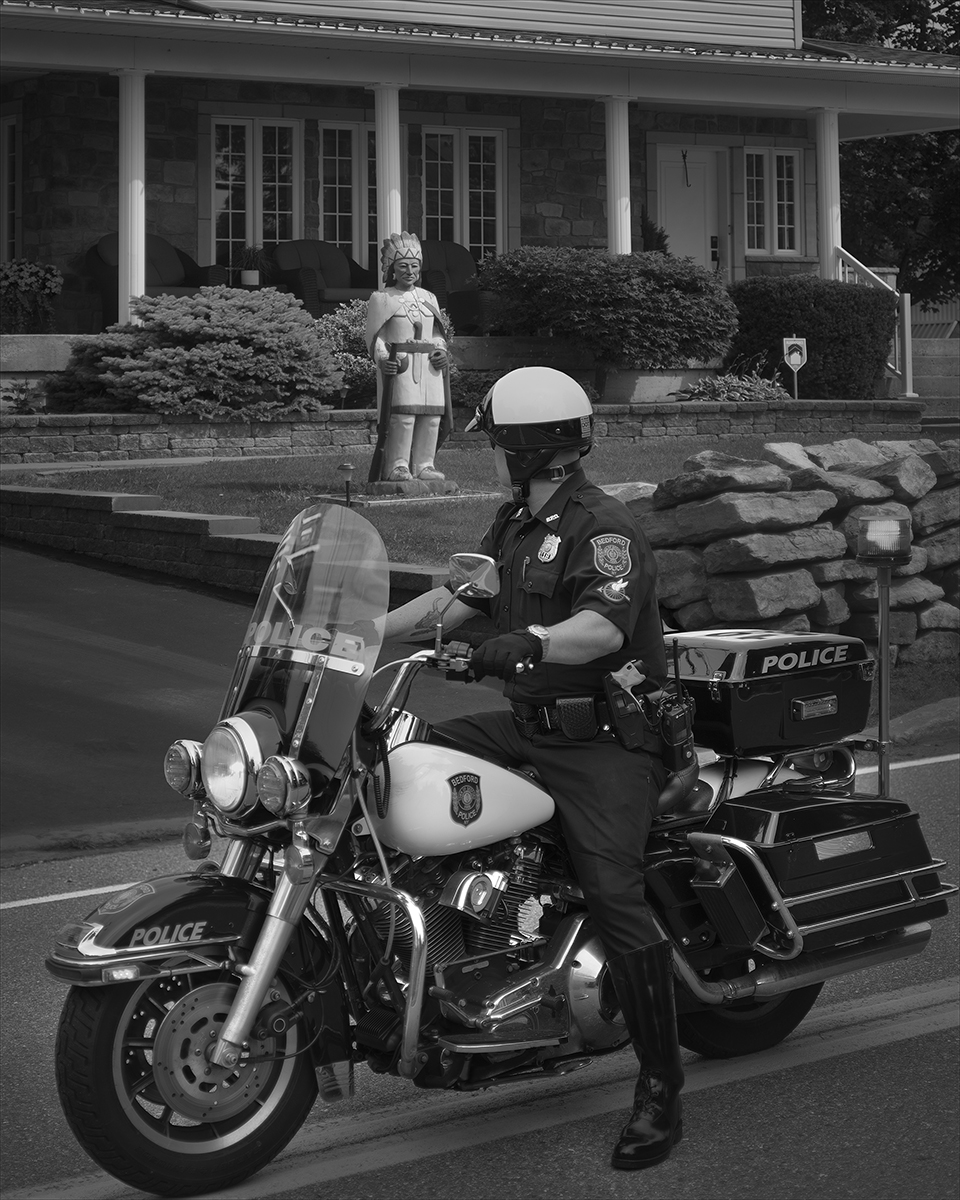 Bedford Police ©Joshua Lutz,  Mind the Gap , Schilt Publishing