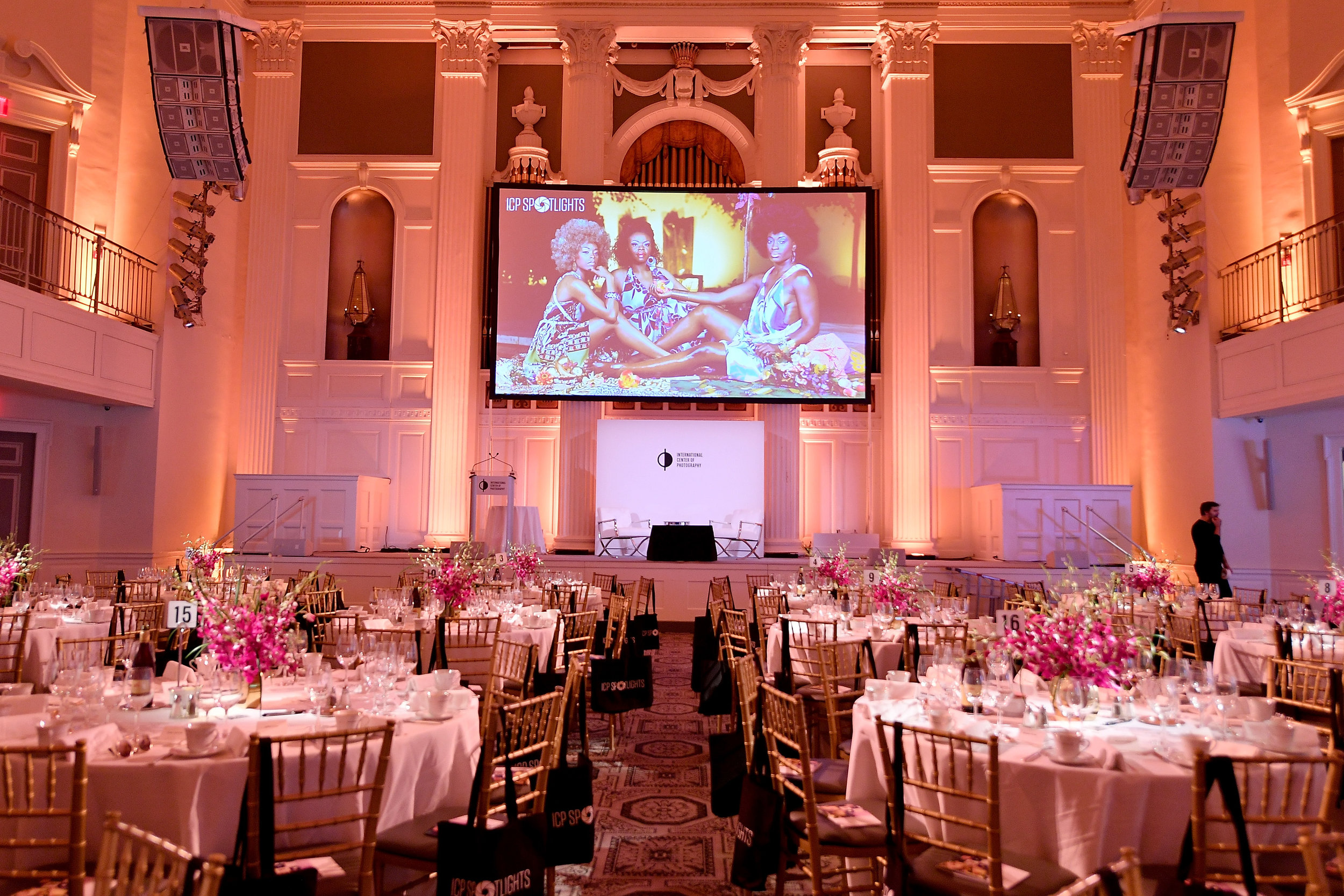 A view of the dining reception at the ICP Spotlights Luncheon Honoring Mickalene Thomas ©Getty Images for ICP