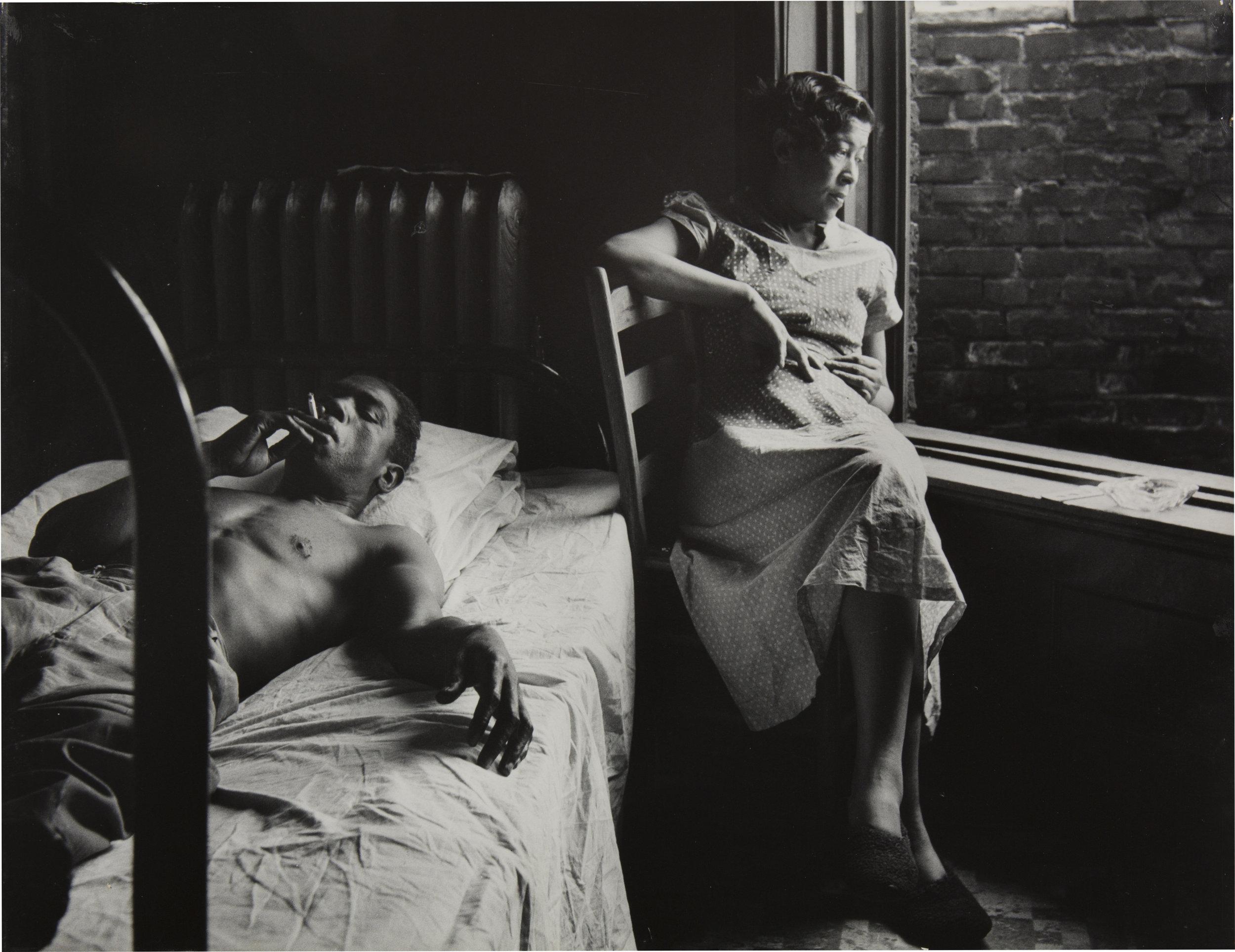 Tenement Dwellers, Chicago. 1950 © Gordon Parks