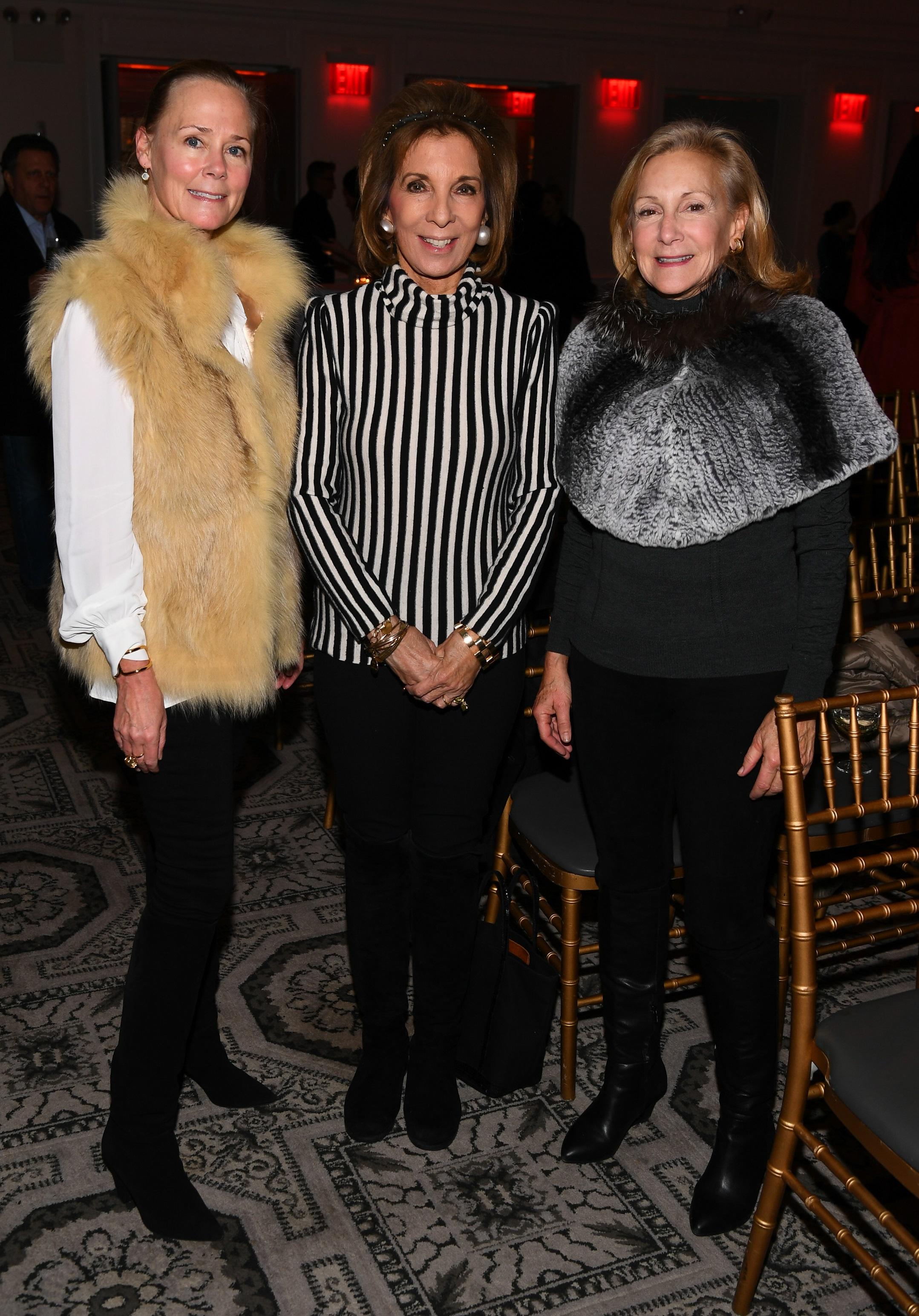 Hillary Dick, Sydie Lansing, Karen Klopp © Getty Image