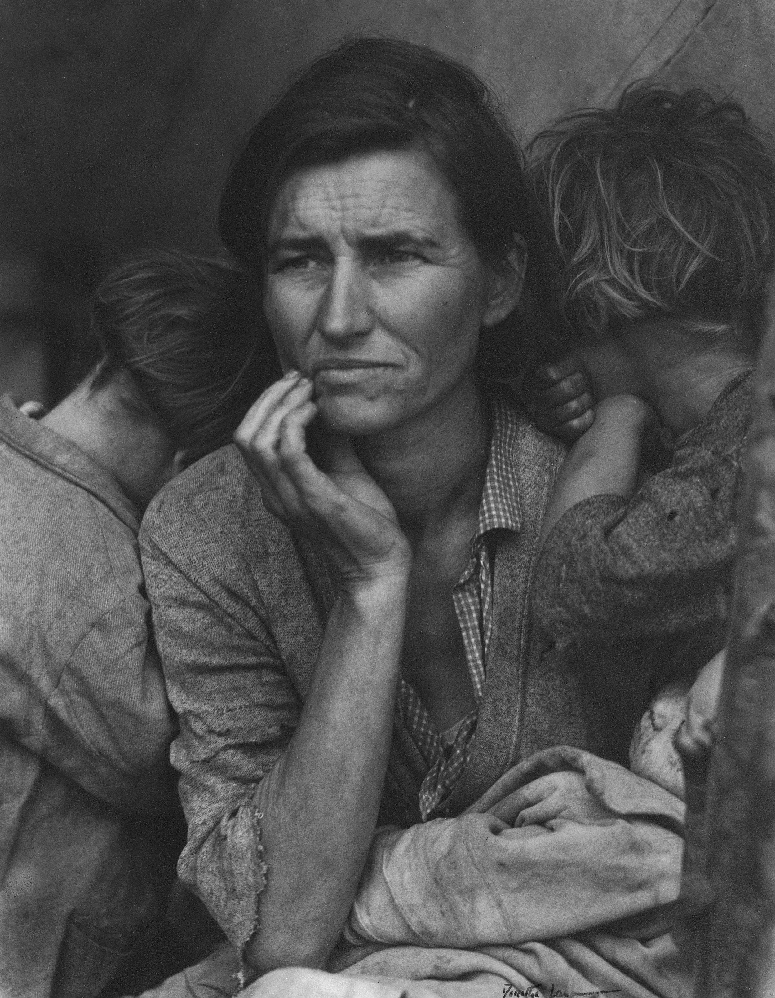 Migrant Mother, Nipomo, California, 1936, the Oakland Museum of California. ©Dorothea Lange