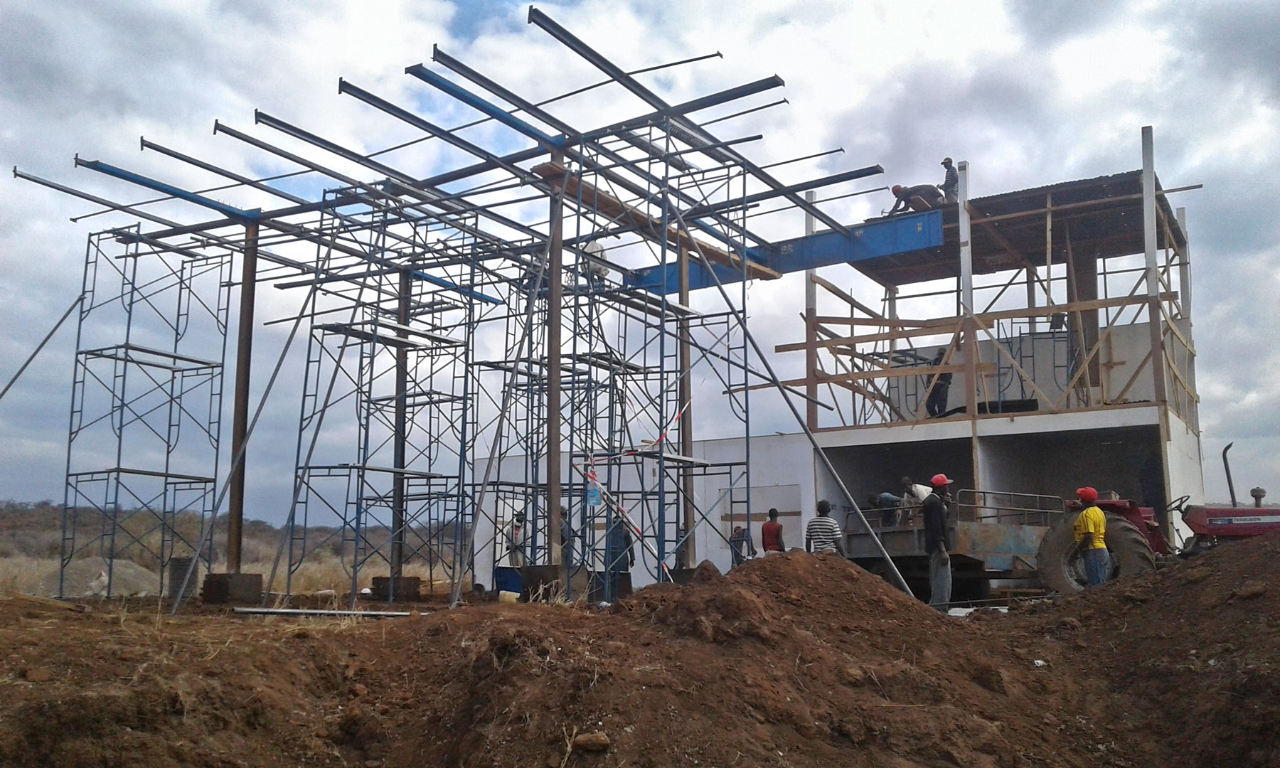 Behind The Scenes: Petrol Station Build Framing. Copyright Nick Brandt.