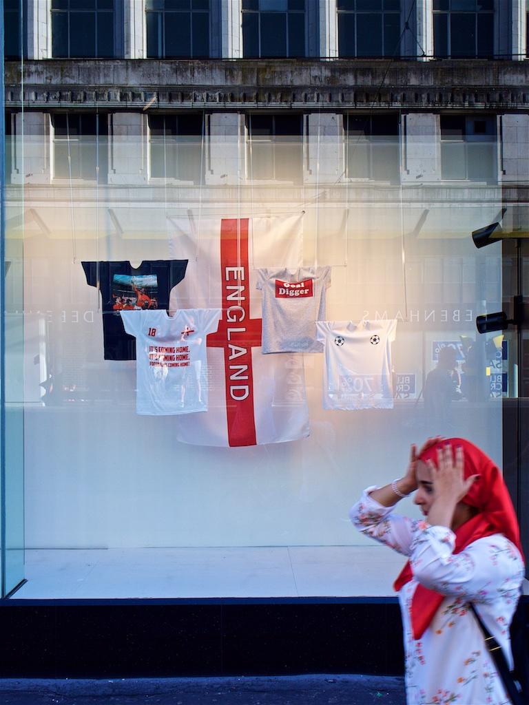 7 Dunnico Flags Ing-er-land's Dreaming.jpg