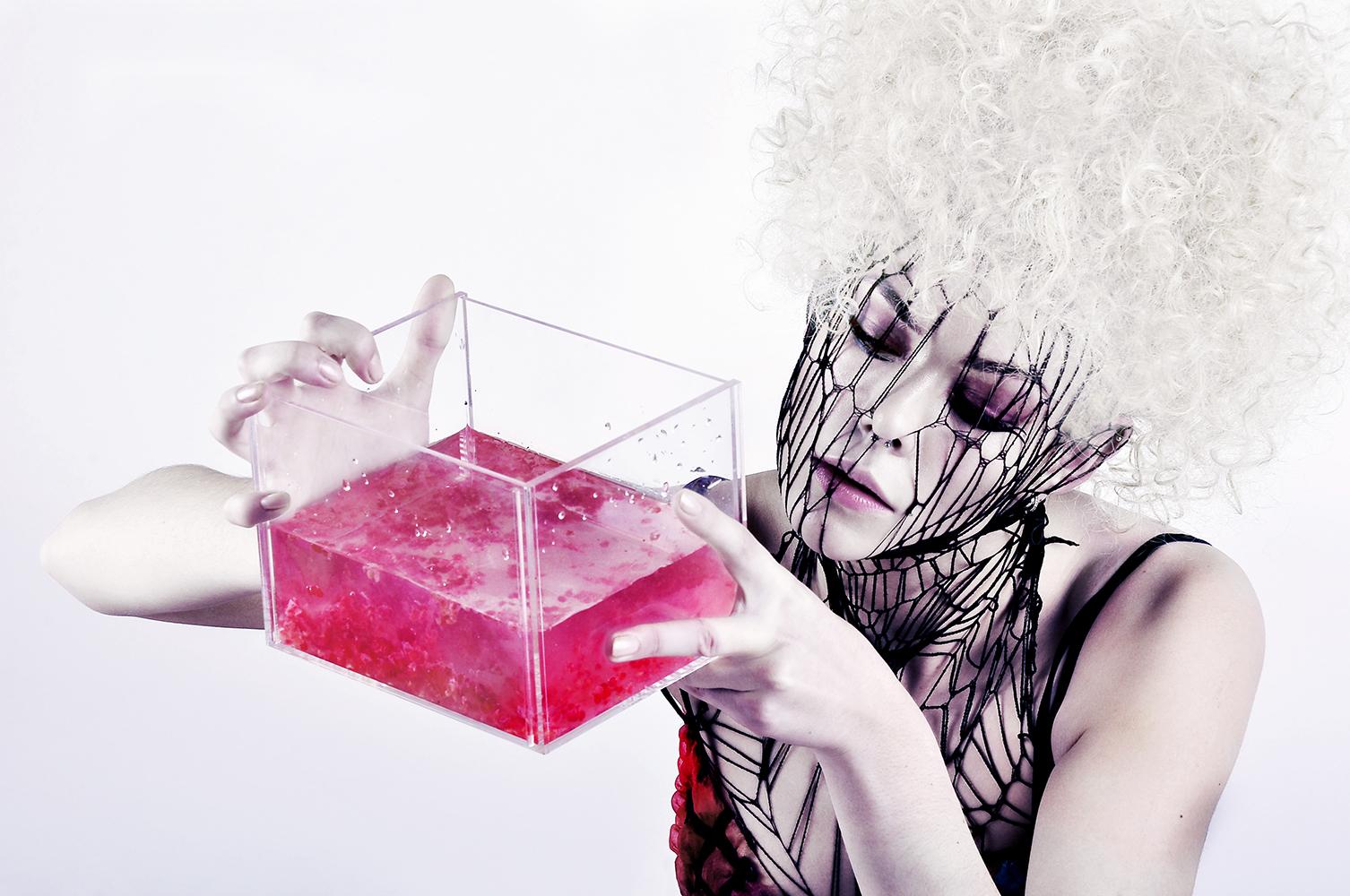Fluid Containment © Jasmine De Silva