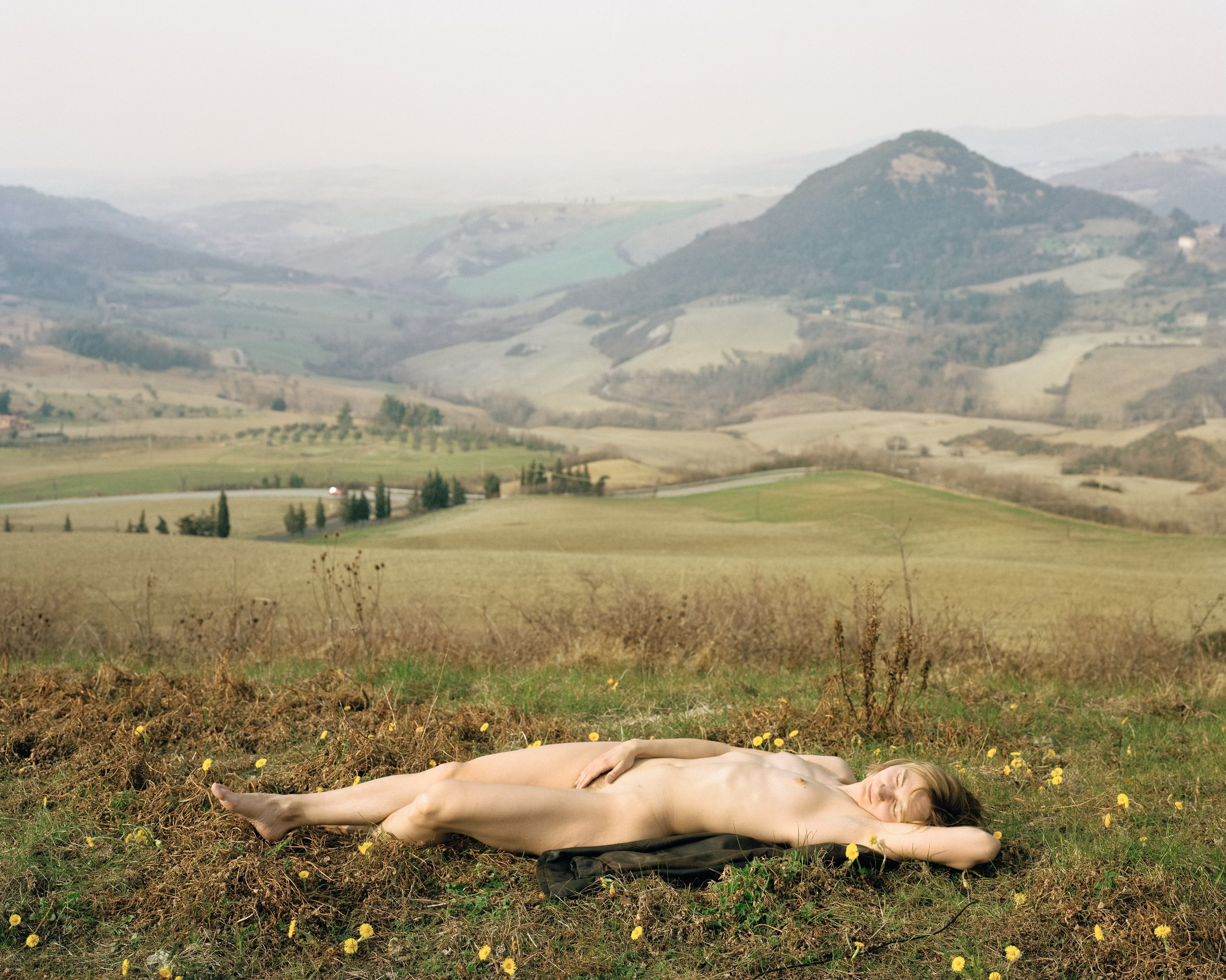 "Elina Brotherus,  Nu endormi  [Sleeping Nude], from the series ""The New Painting,"" 2003 .  © Elina Brotherus. Courtesy of the artist and gb agency, Paris"