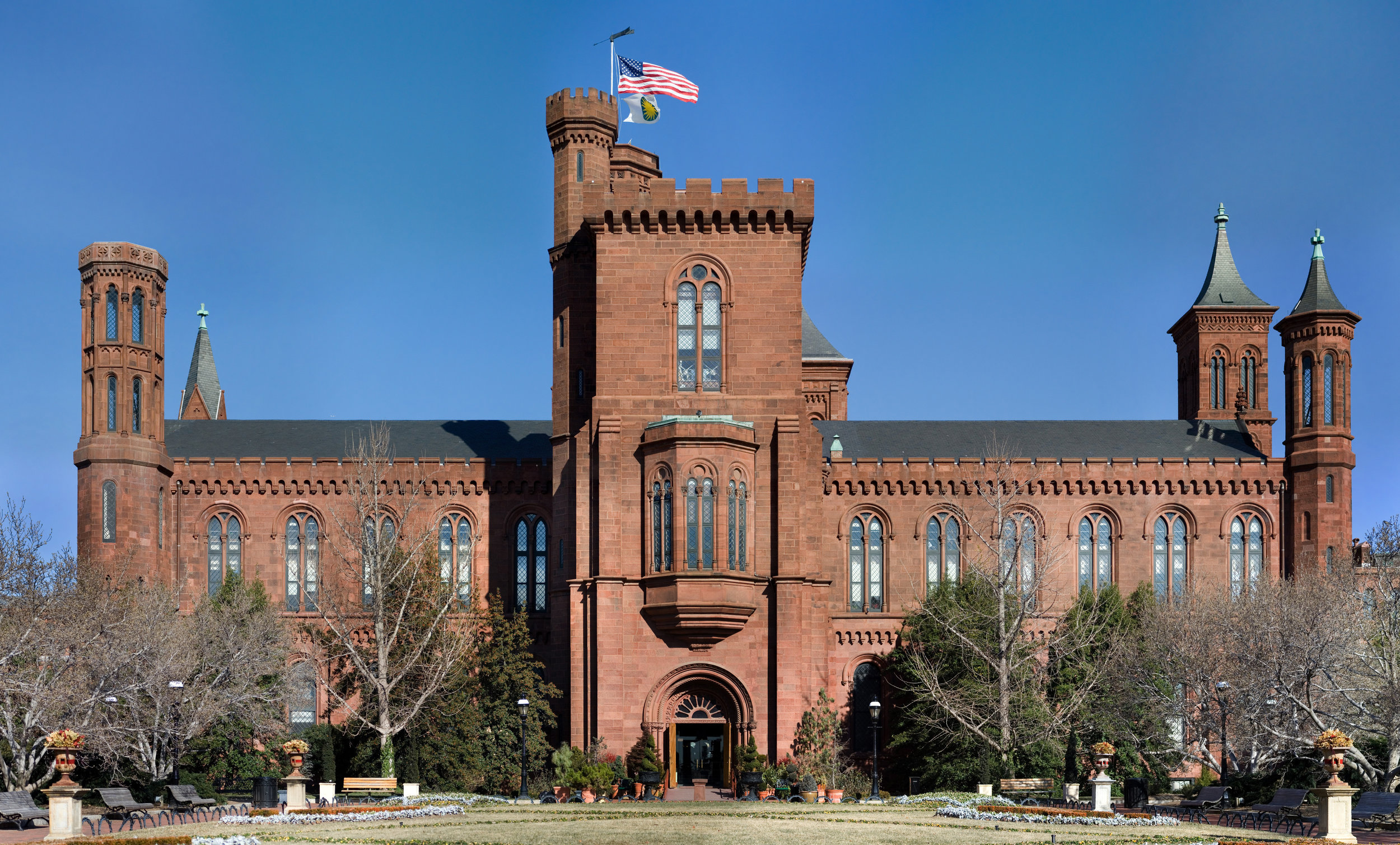 The Smithsonian Building. Courtesy Wikimedia Commons.