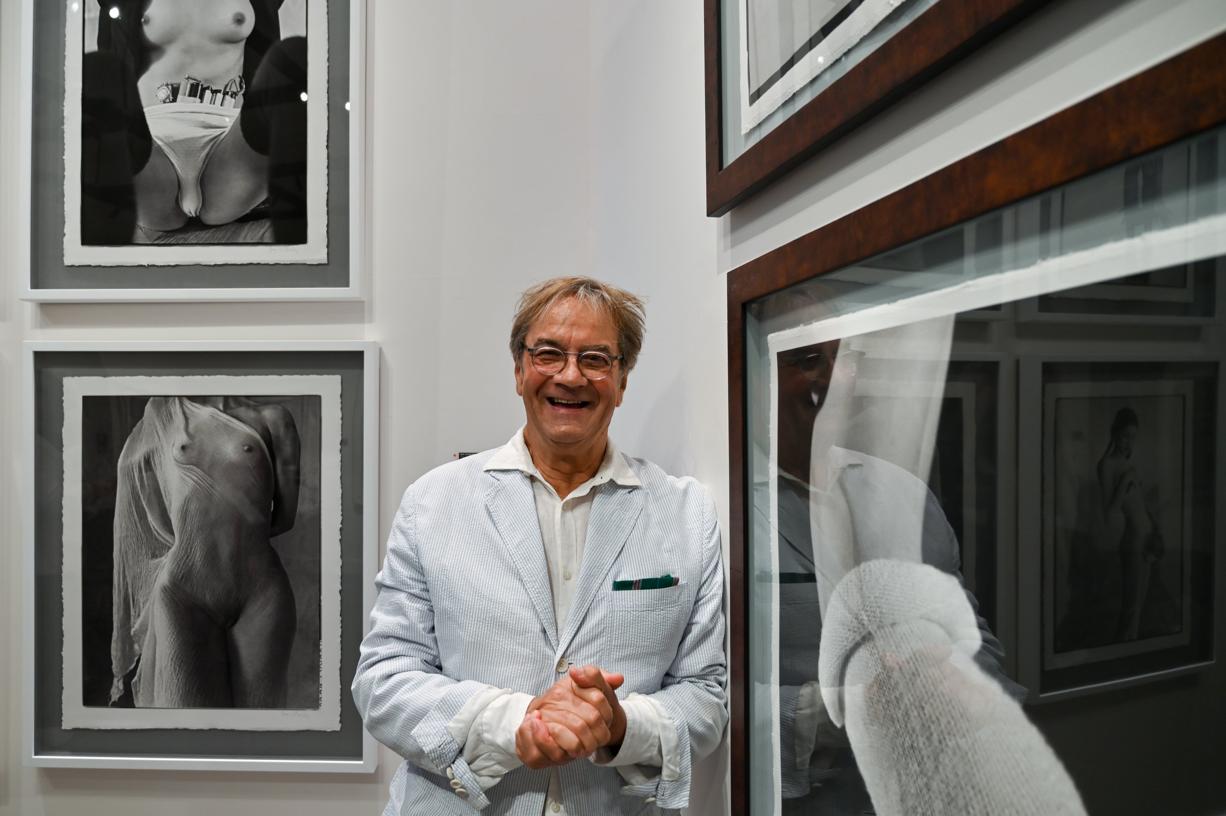 Guy Le Baube and his photographs. © Federica Belli