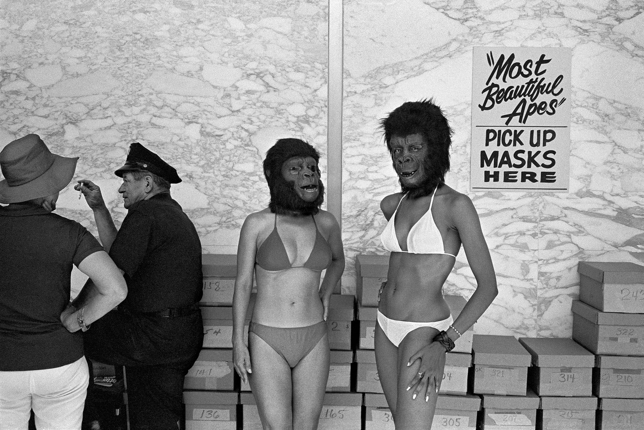 PLANET OF THE APES BEAUTY CONTEST, CENTURY CITY, 1973 © Michael Jang