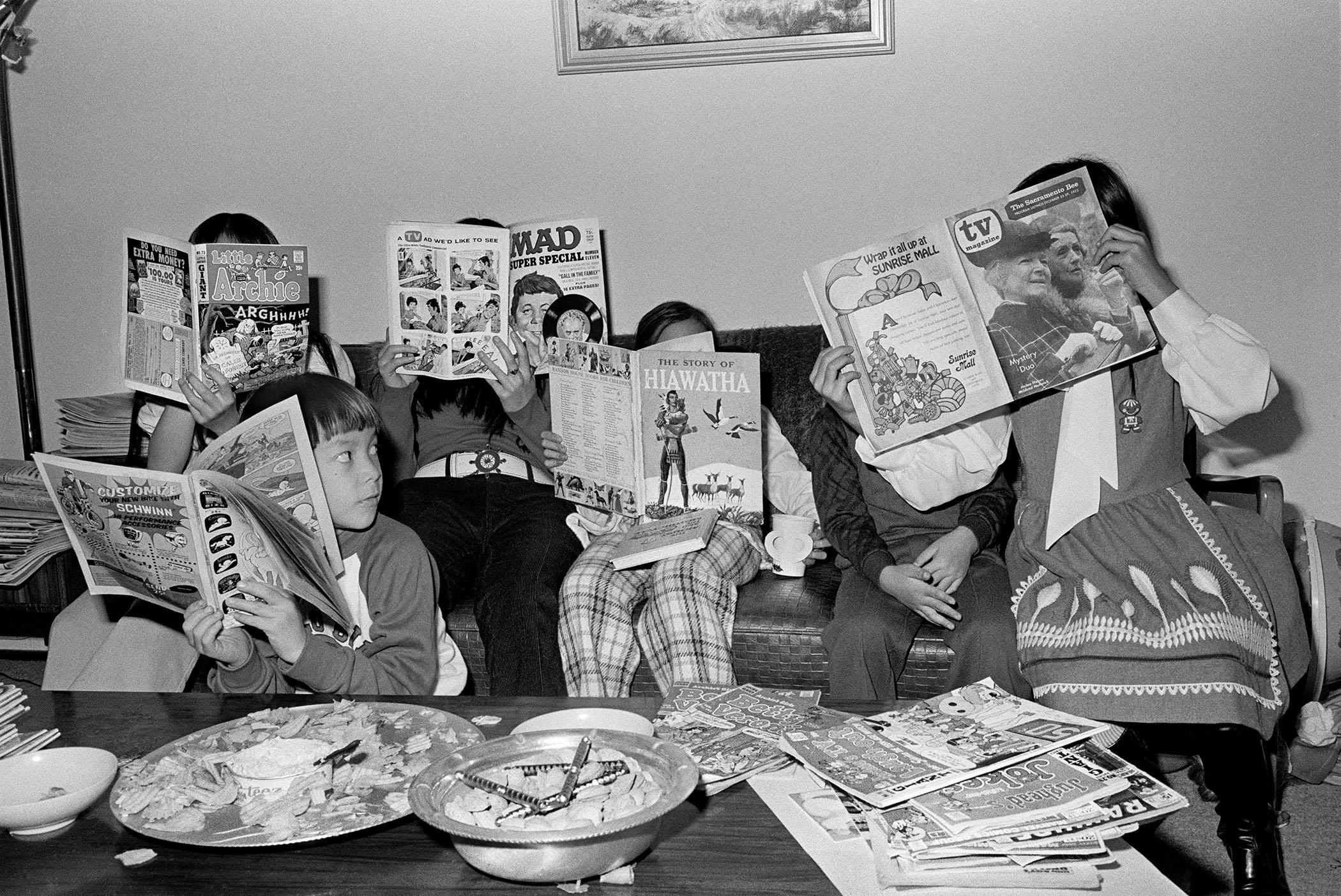 STUDY HALL, 1973 © Michael Jang