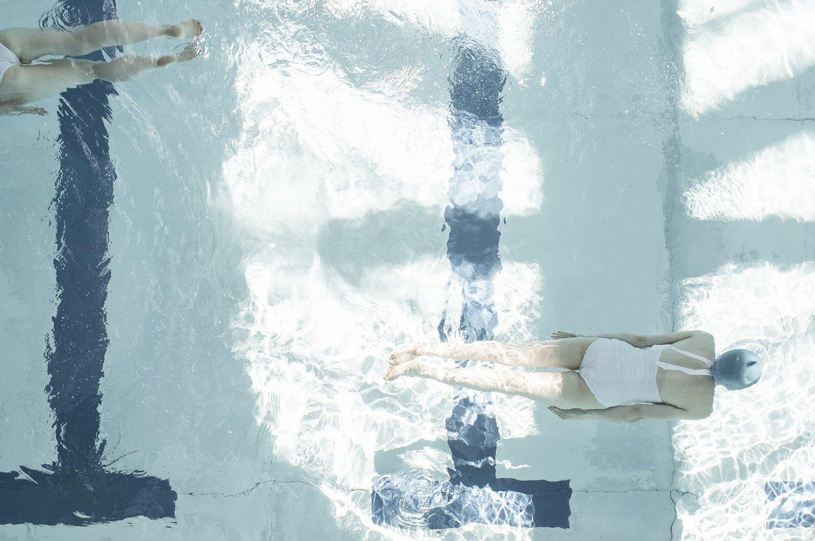 Sunshine swim © Soo Burnell