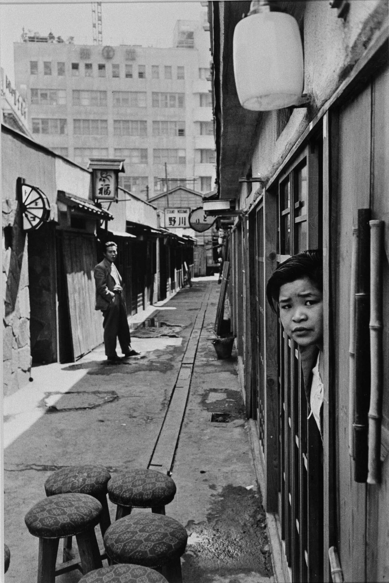 ©KIMURA, Ihee,  Shibuya, Tokyo , 1954, Yokohama Museum of Art