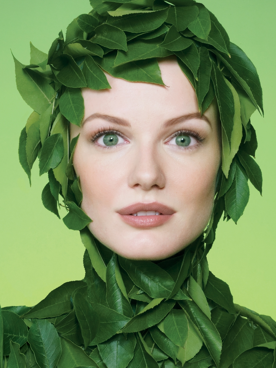 physicians-formula-advertising-green-makeup-brand.jpg
