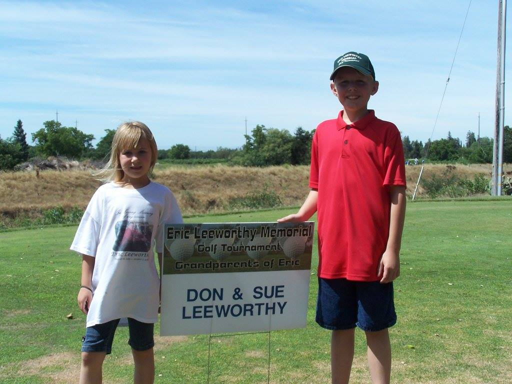Paige and Matthew Sue and Don Leeworthy Hole Sponsor.jpg