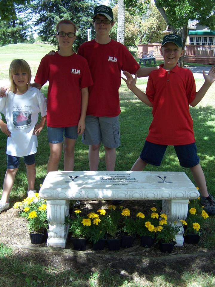 Bench, flowers and Kids.jpg