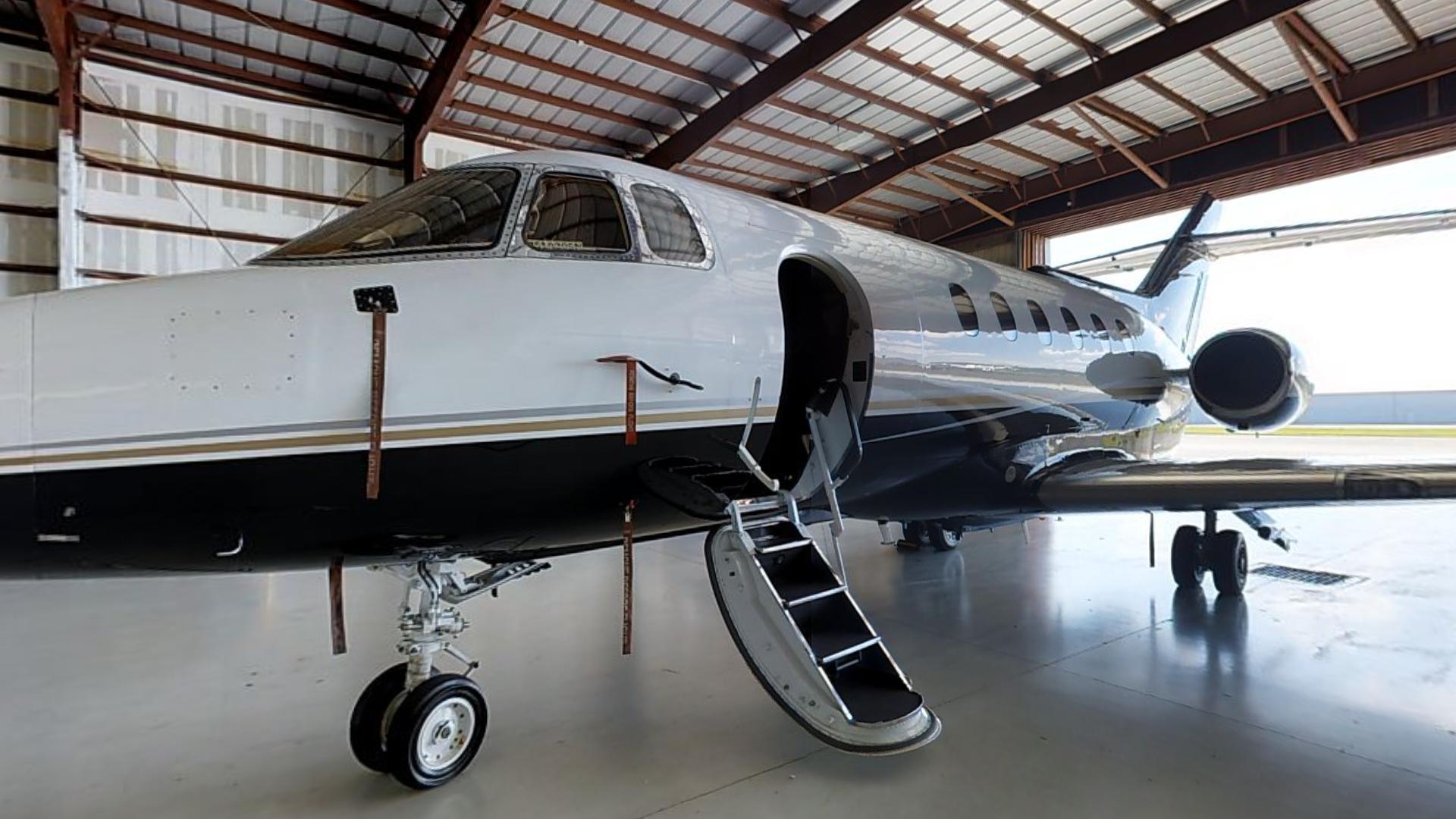 Hawker 800sp