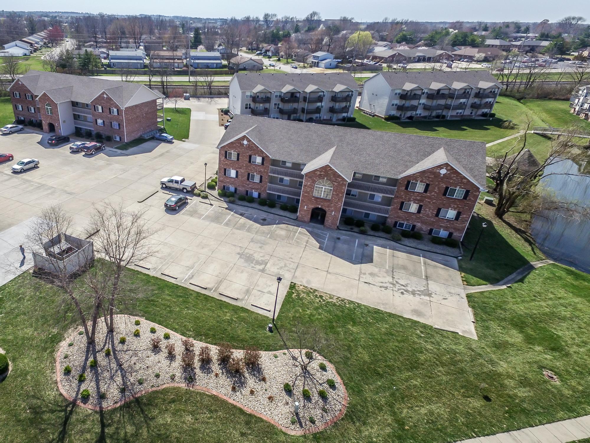 Brookside-Apartments-O'Fallon-Illinois-Aerials-1.jpg