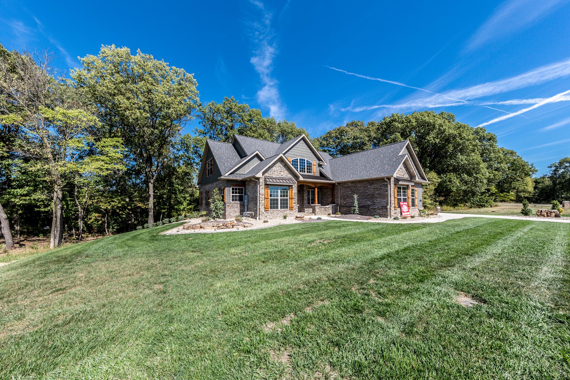 3-Scott-AFB-Real-Estate-For-Sale-O'Fallon-Illinois-62269-4.jpg
