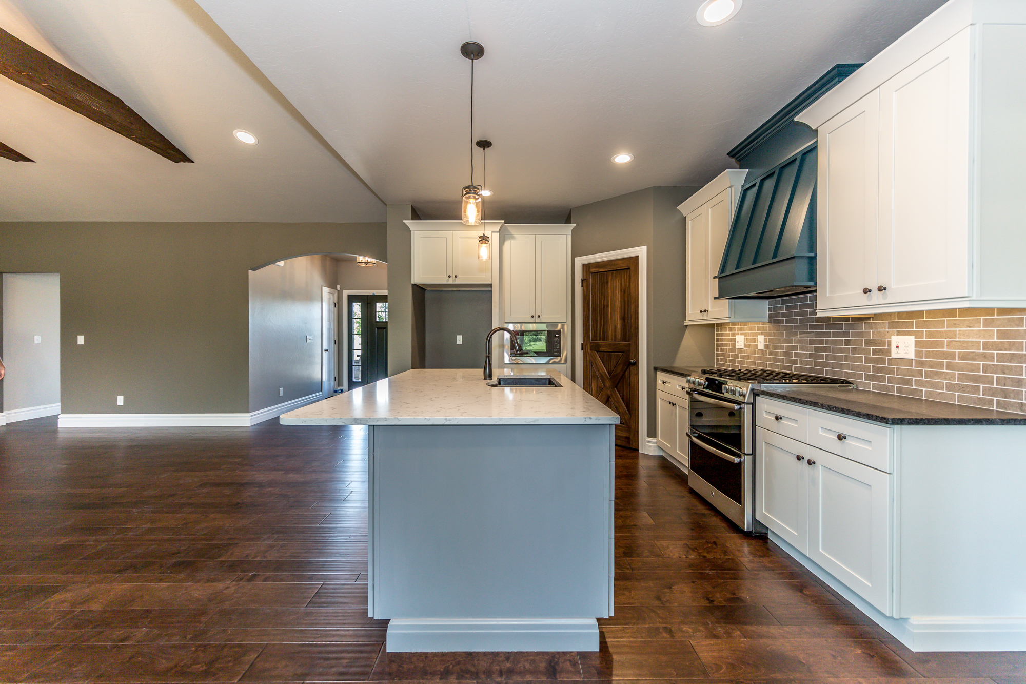 Home_For_Sale_O'Fallon_Illinois_Scott_AFB_CR_Holland-7.jpg