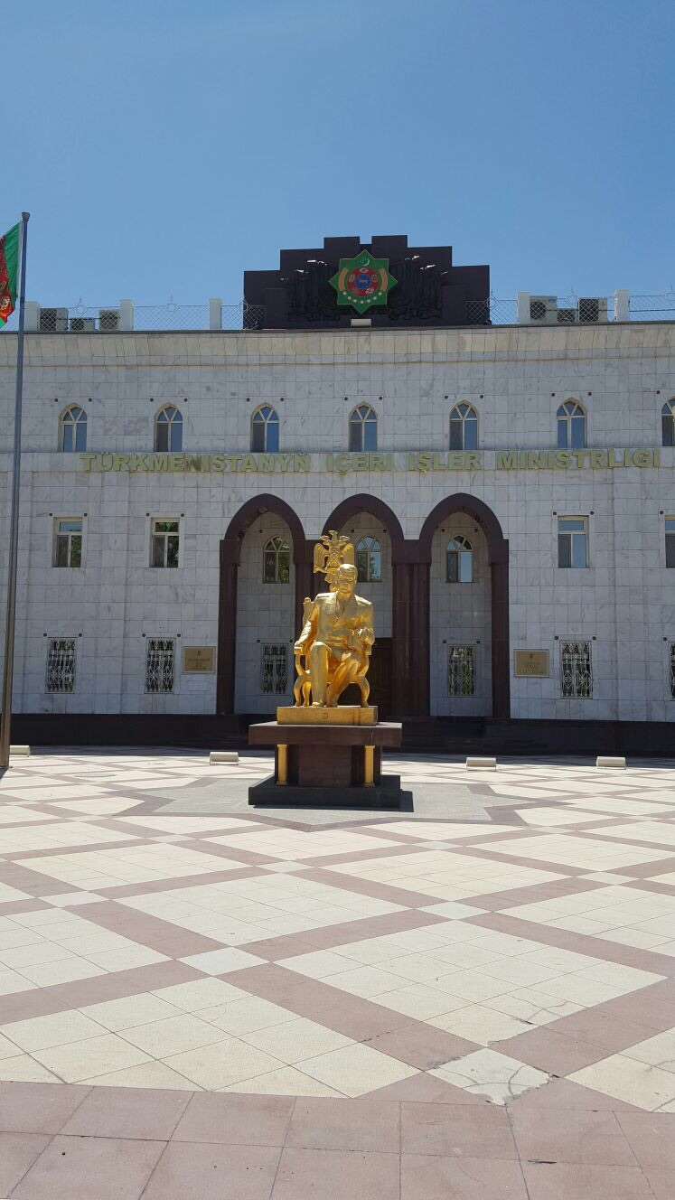 A gold statue of Turkmenbashi, the first leader of Turkmenistan.