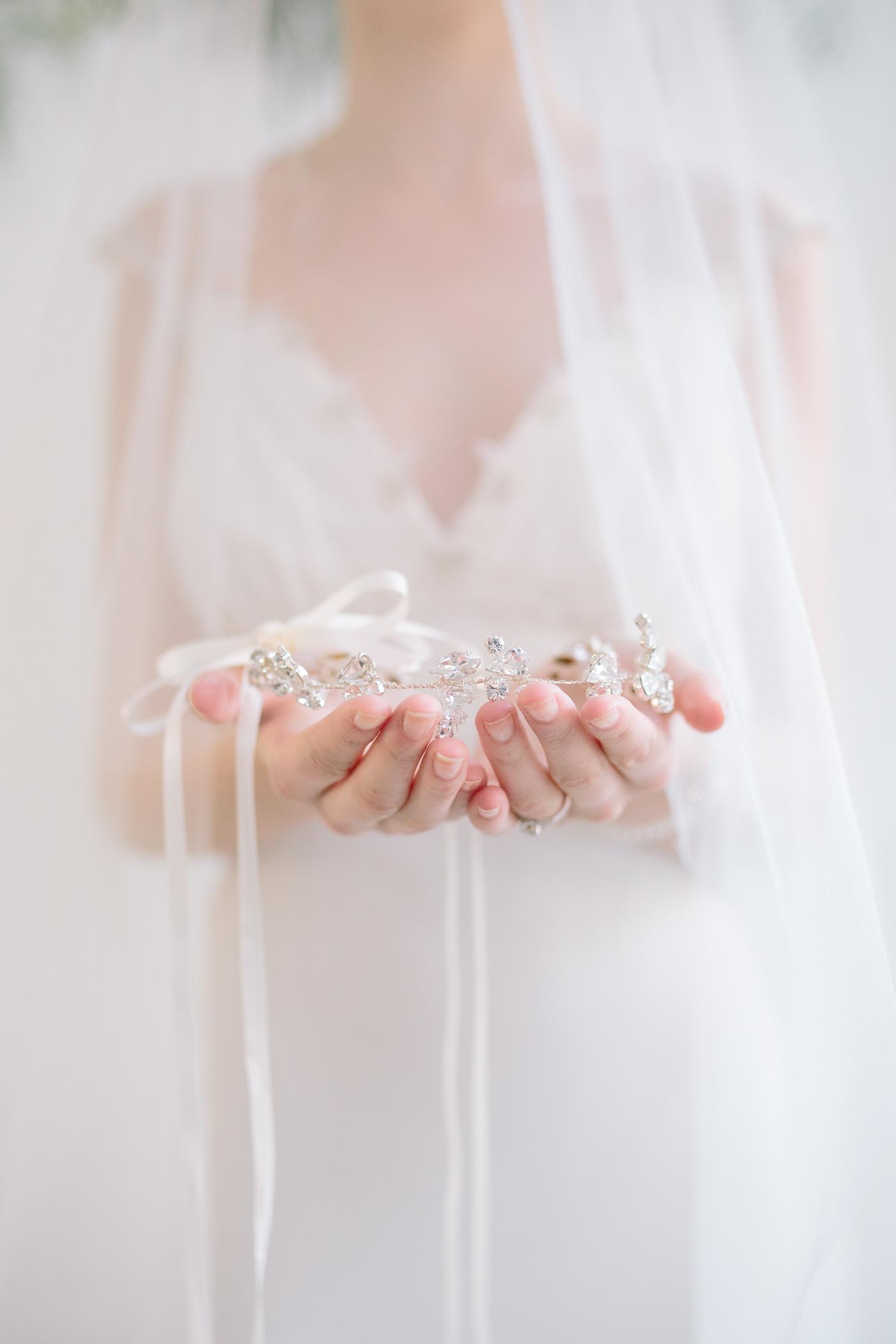 suzanne_li_photography_susan_dick_bridal_accessories-7.jpg