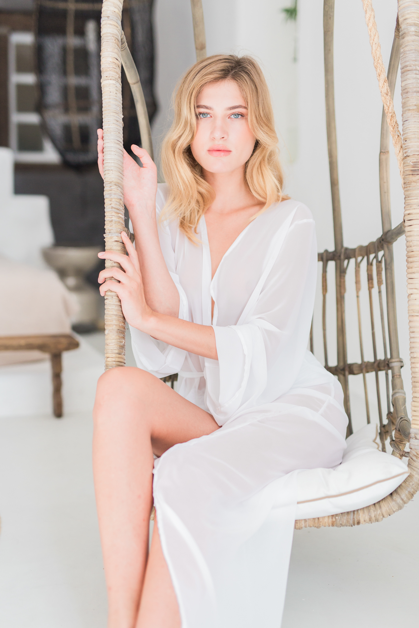 Suzanne_Li_photography_WEDDING_greece_lingerie-3.jpg