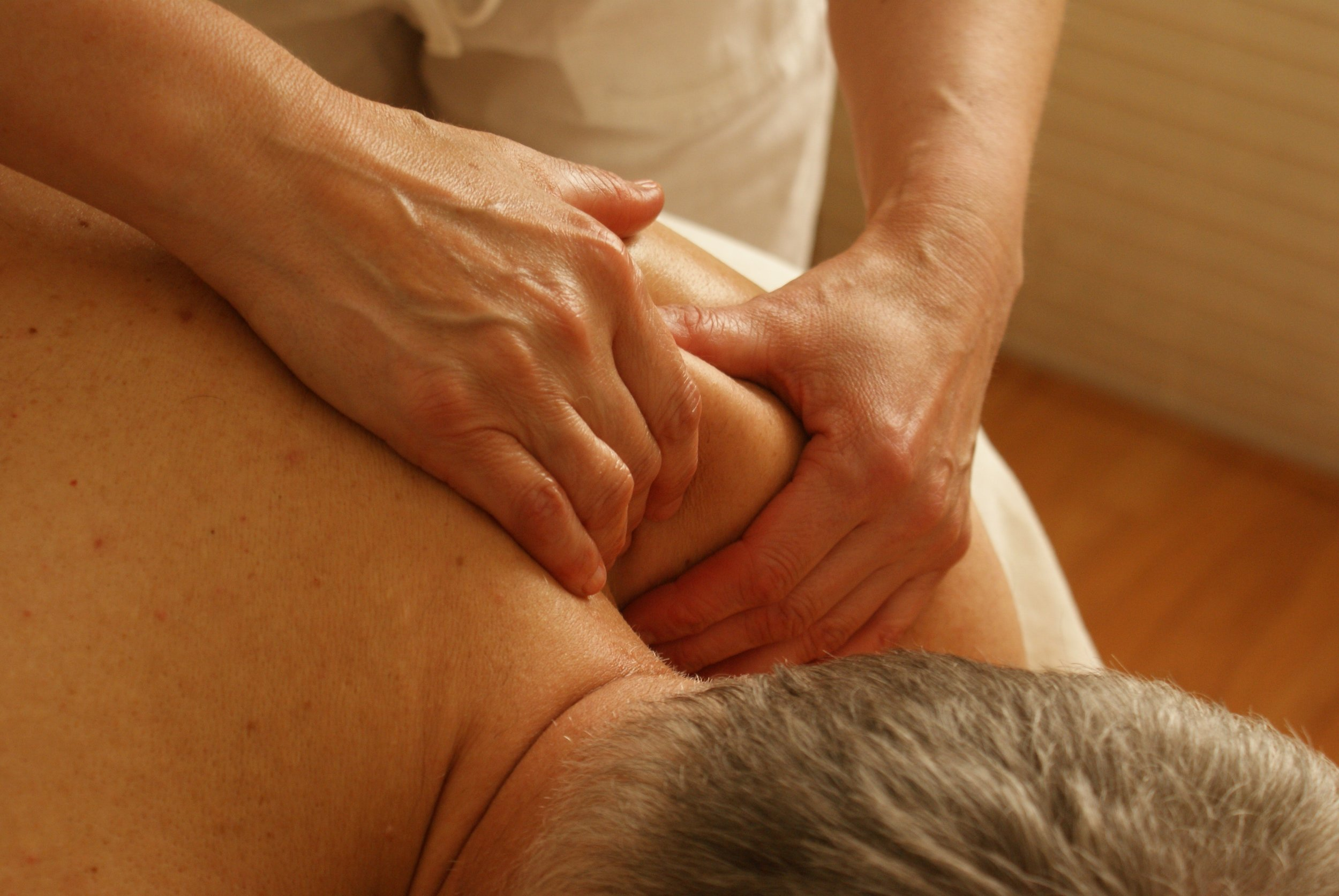 MASSAGE - Nothing goes better with your adjustment