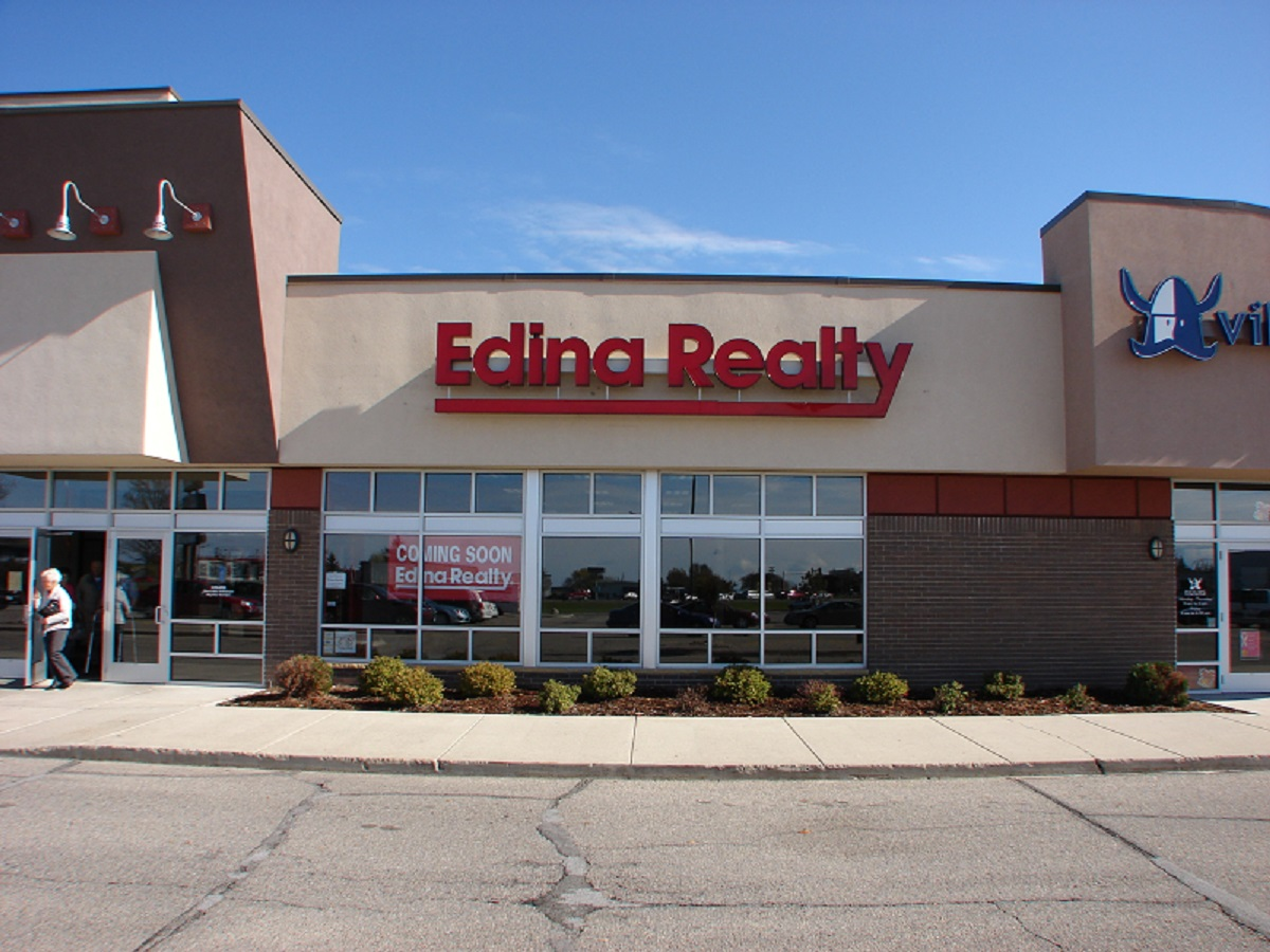 Edina Realty offices at Midway Mall